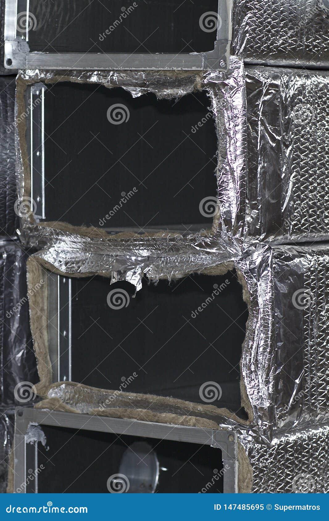 Elementos y piezas hechos de la hoja galvanizada para los diversos sistemas de ventilaci?n