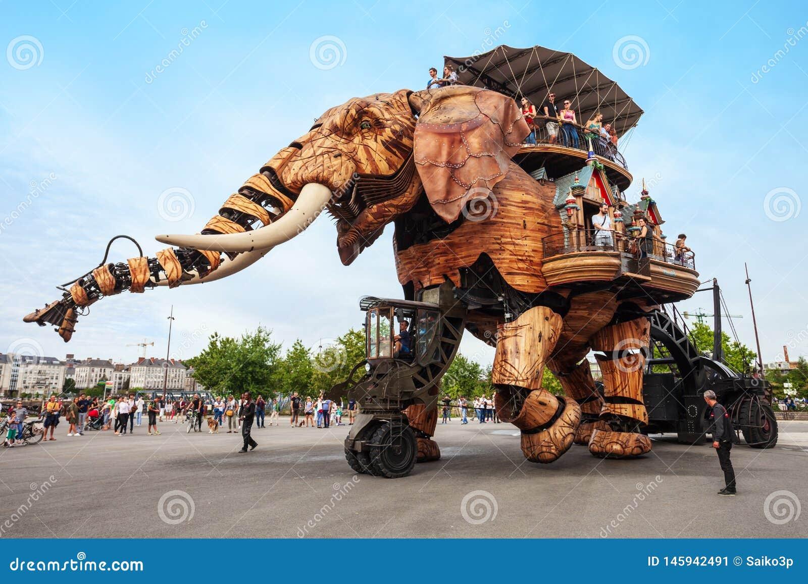 Elephant Machines Isle of Nantes