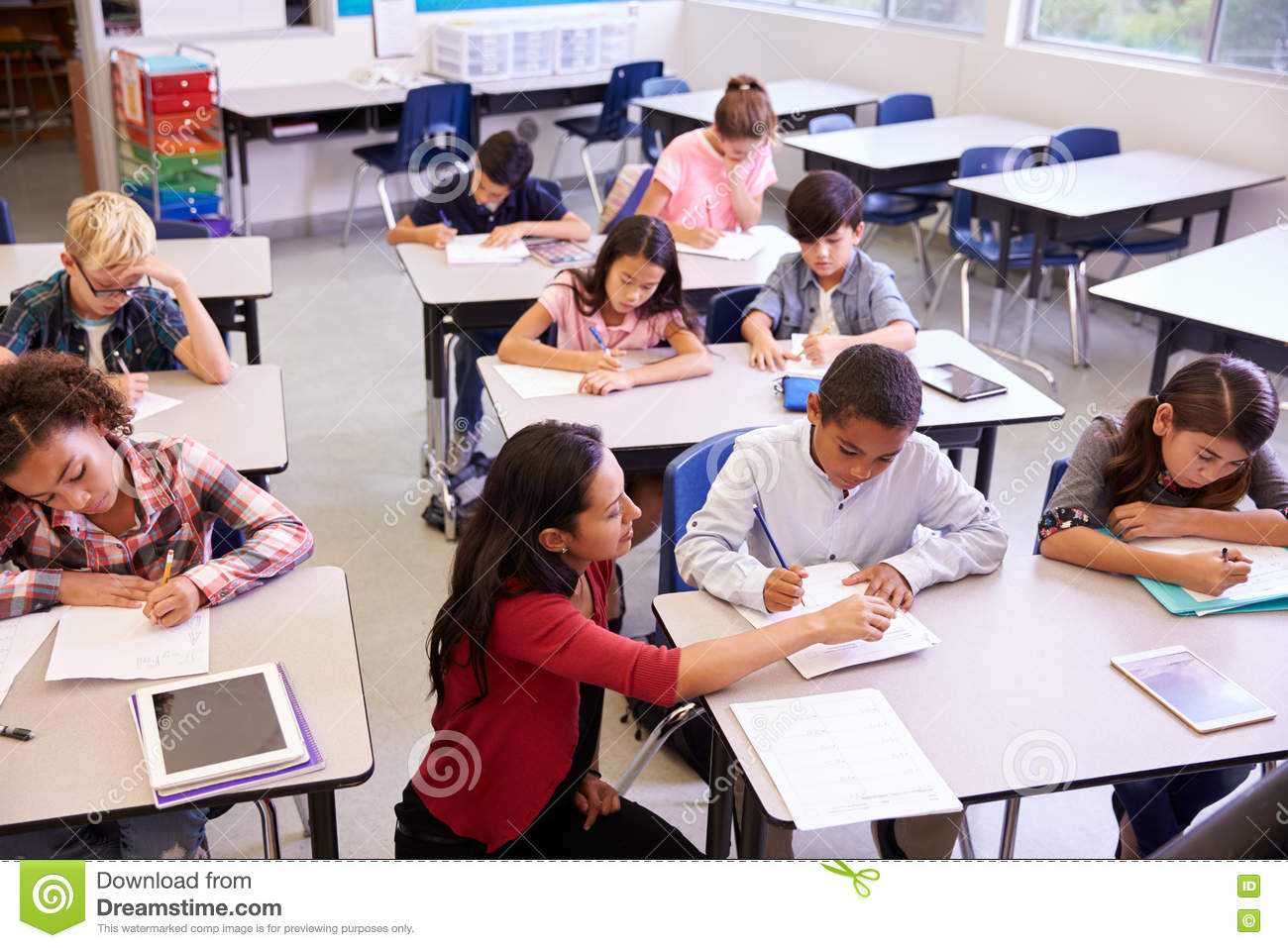 college for elementary education The elementary education major is suitable for those who plan to participate in the instruction of children in the community, church centers, or the home.