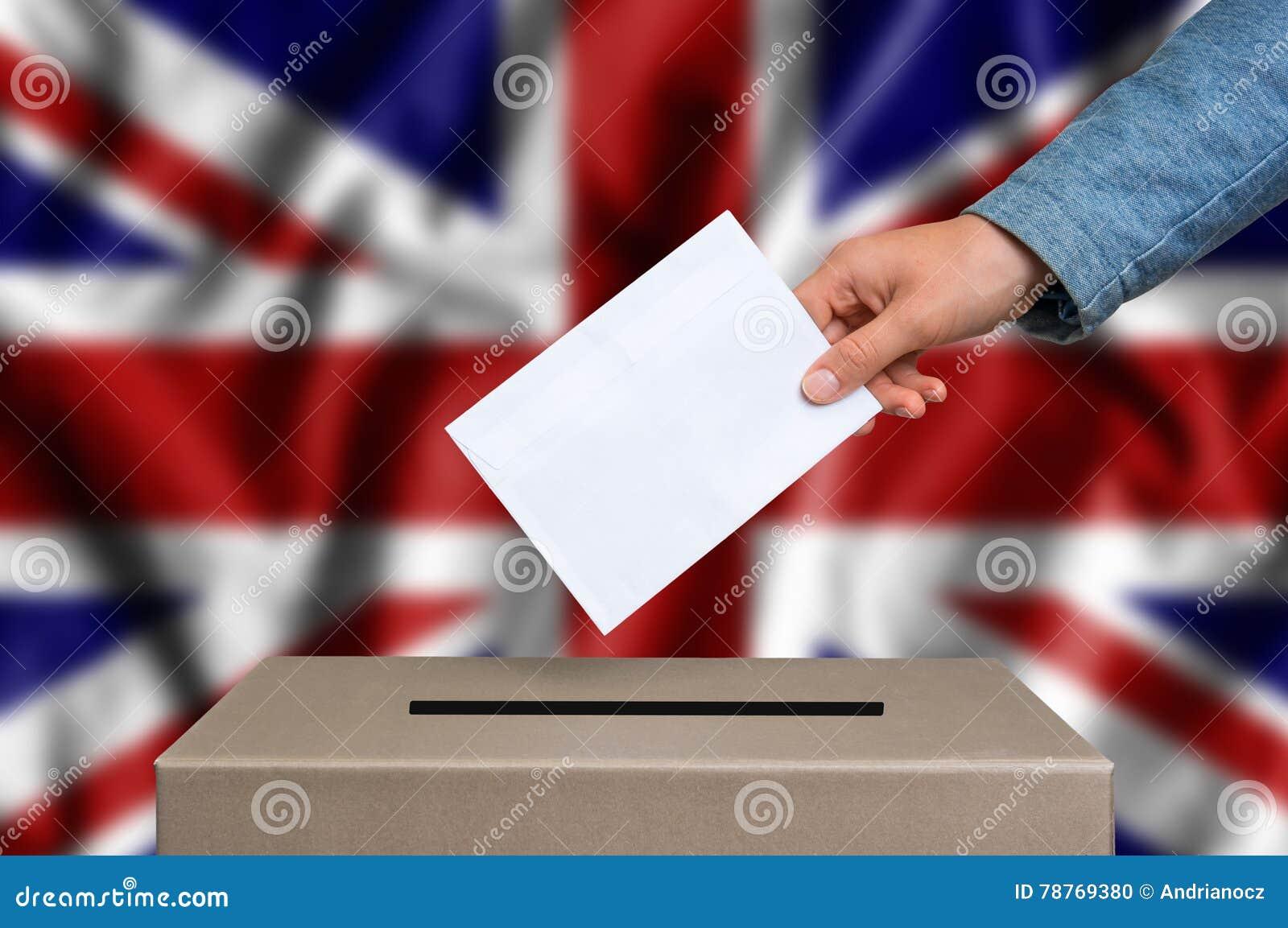 Elezione in Gran Bretagna - votando all urna