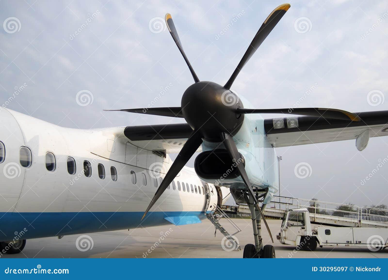 elica aereo  Elica Dell'aereo Con L'aeroplano Immagine Stock - Immagine di ...