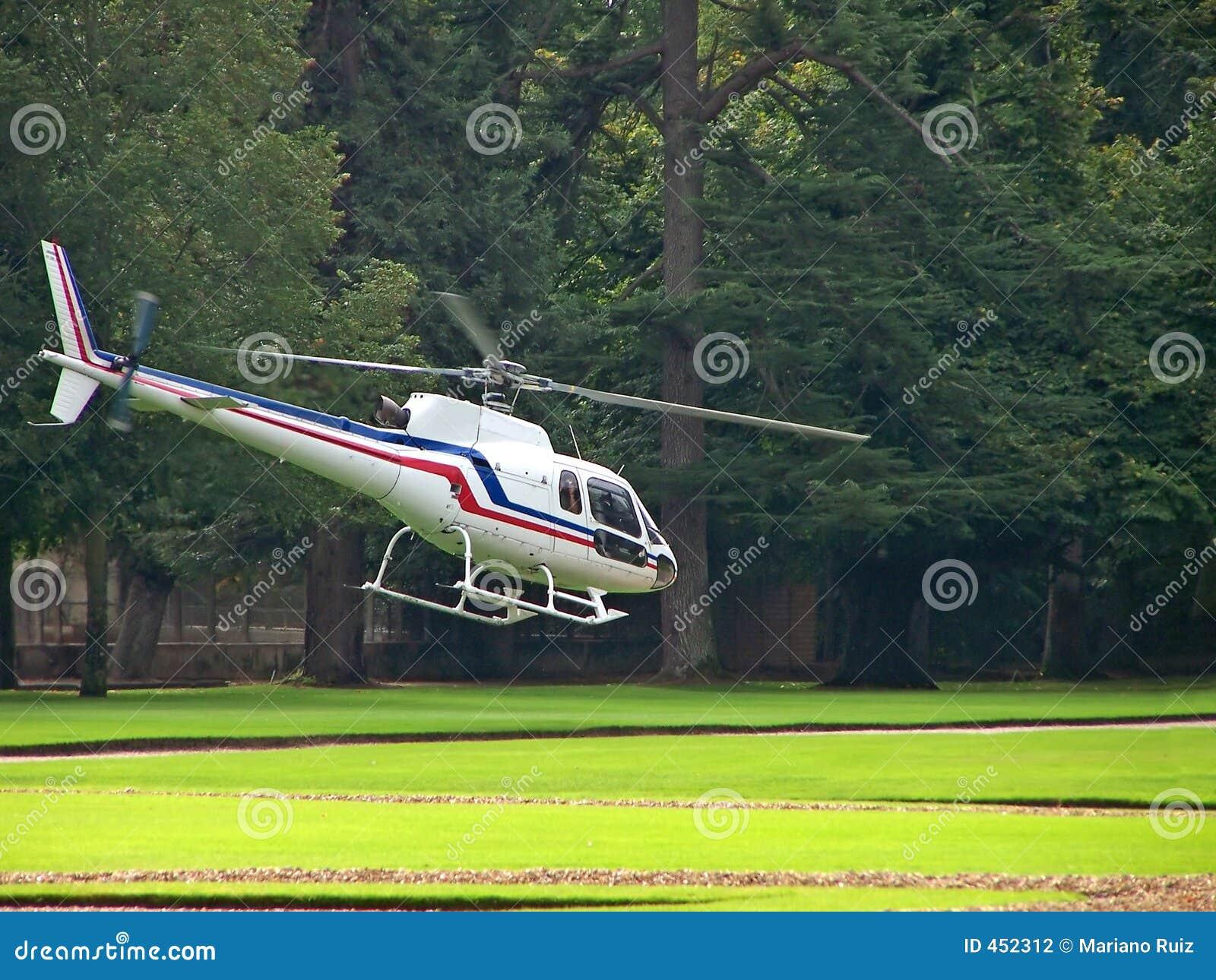 Elicottero Monte Bianco : Elicottero bianco fotografia stock immagine