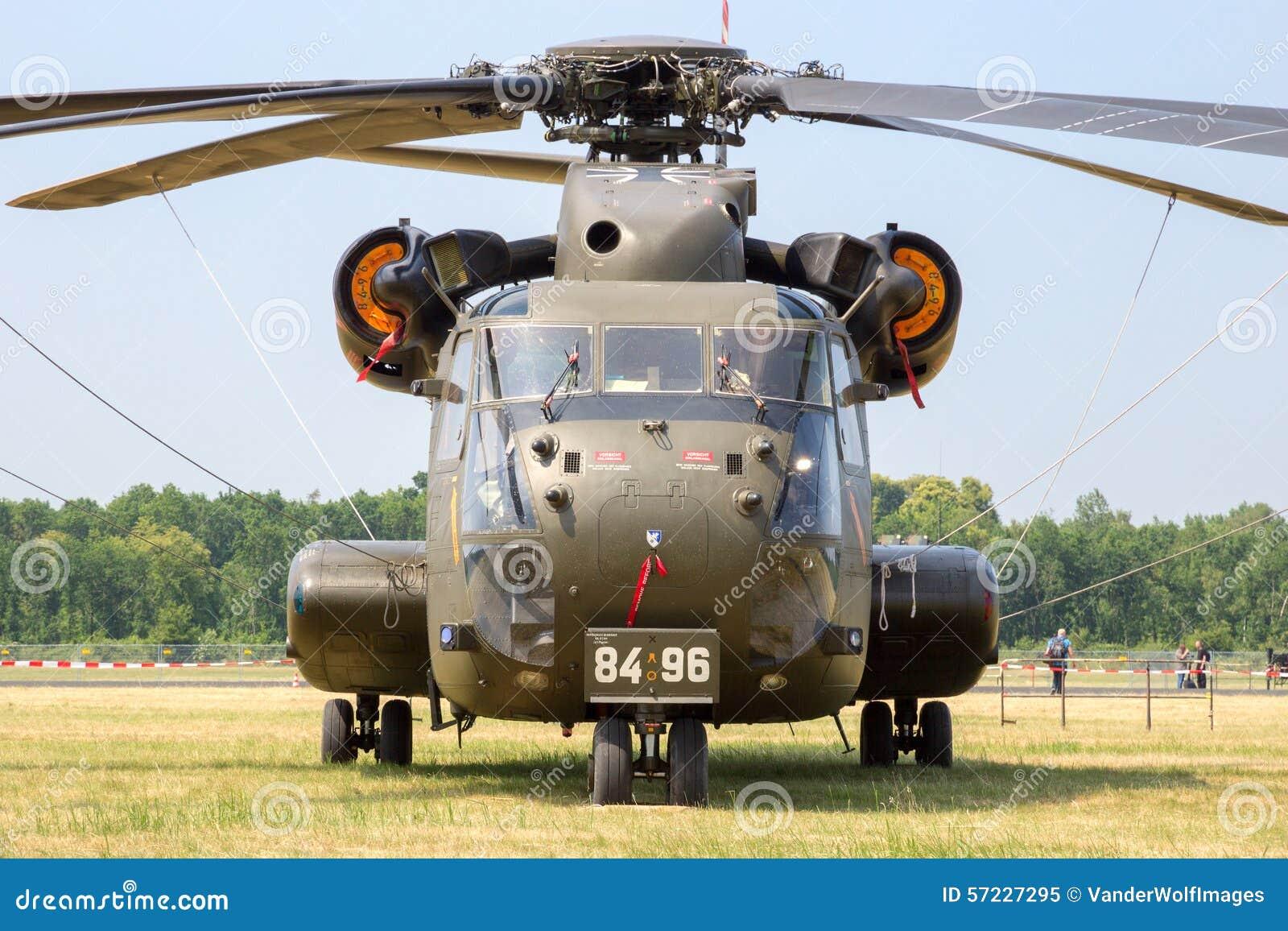 Elicottero Ch : Elicottero ch immagine editoriale immagine di warplane