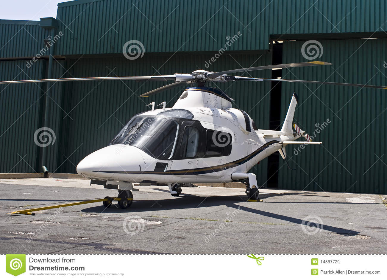Elicottero Leggero : Elicottero di agusta a immagini stock libere da diritti