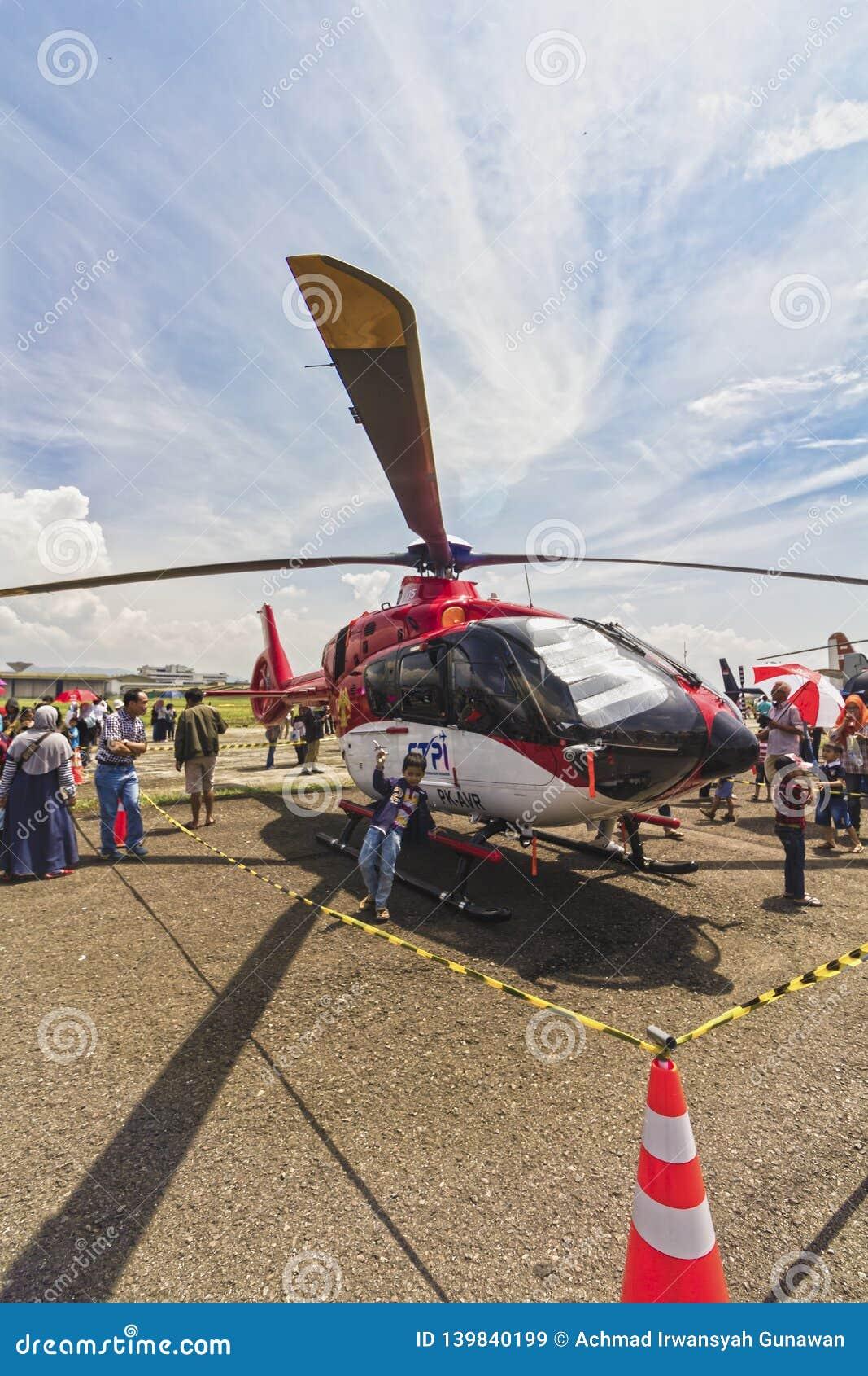 Elicottero esibito allo show aereo di bendaggio 2017