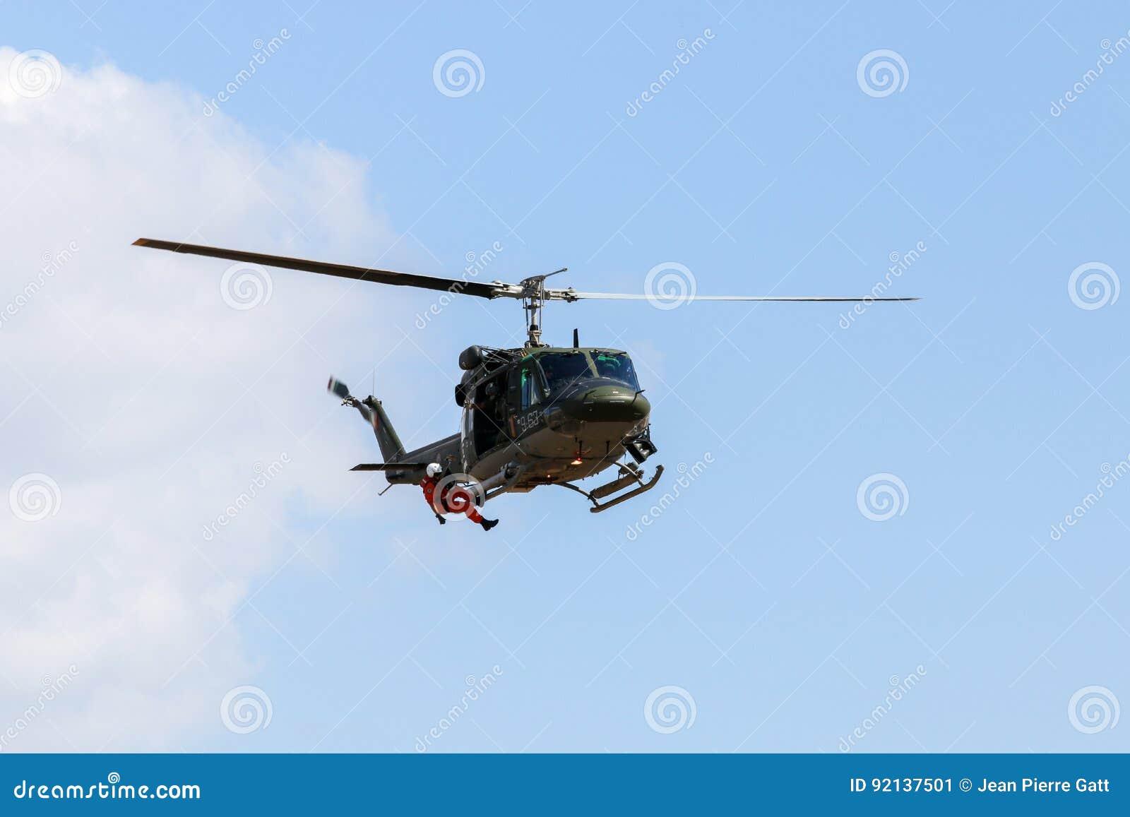 Elicottero 212 : Elicottero ab cagliari giugno youtube