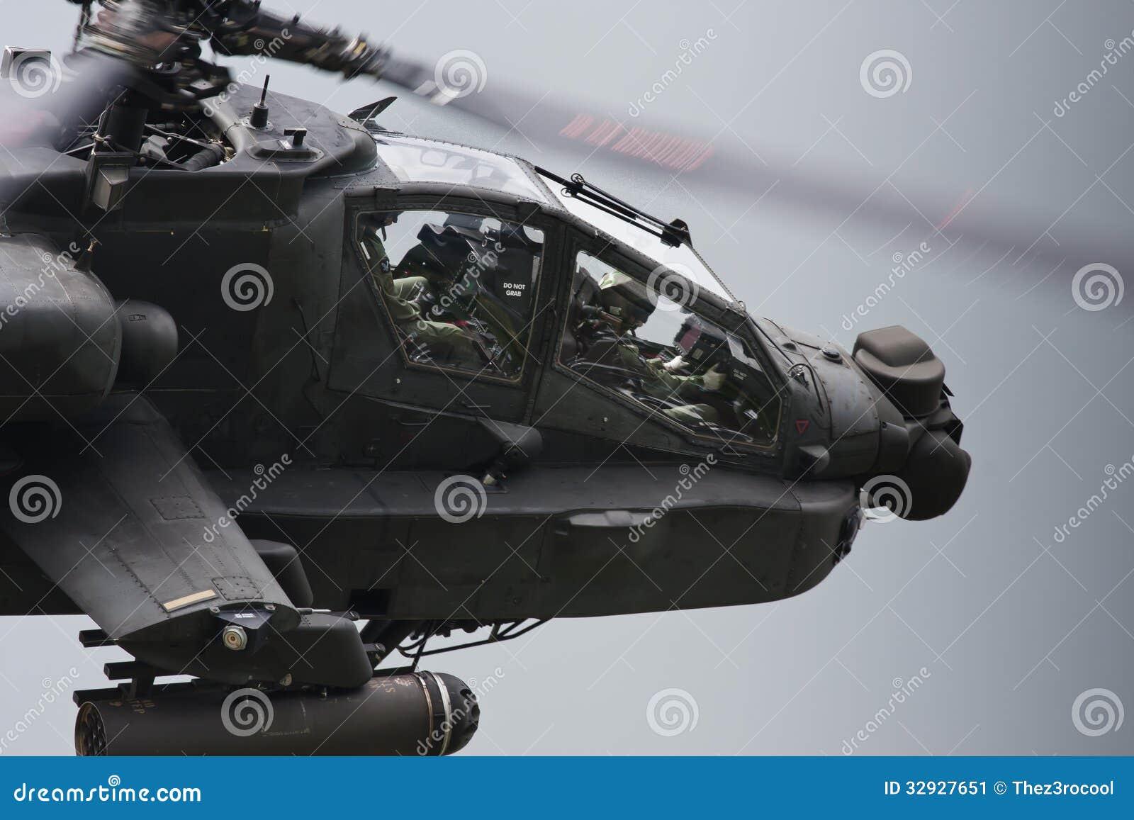 Elicottero militare di Apache