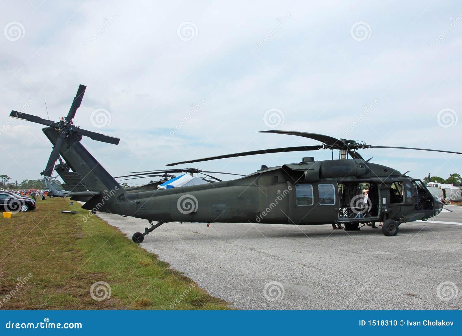 Elicottero Nero : Elicottero nero del falco di sikorsky uh fotografia