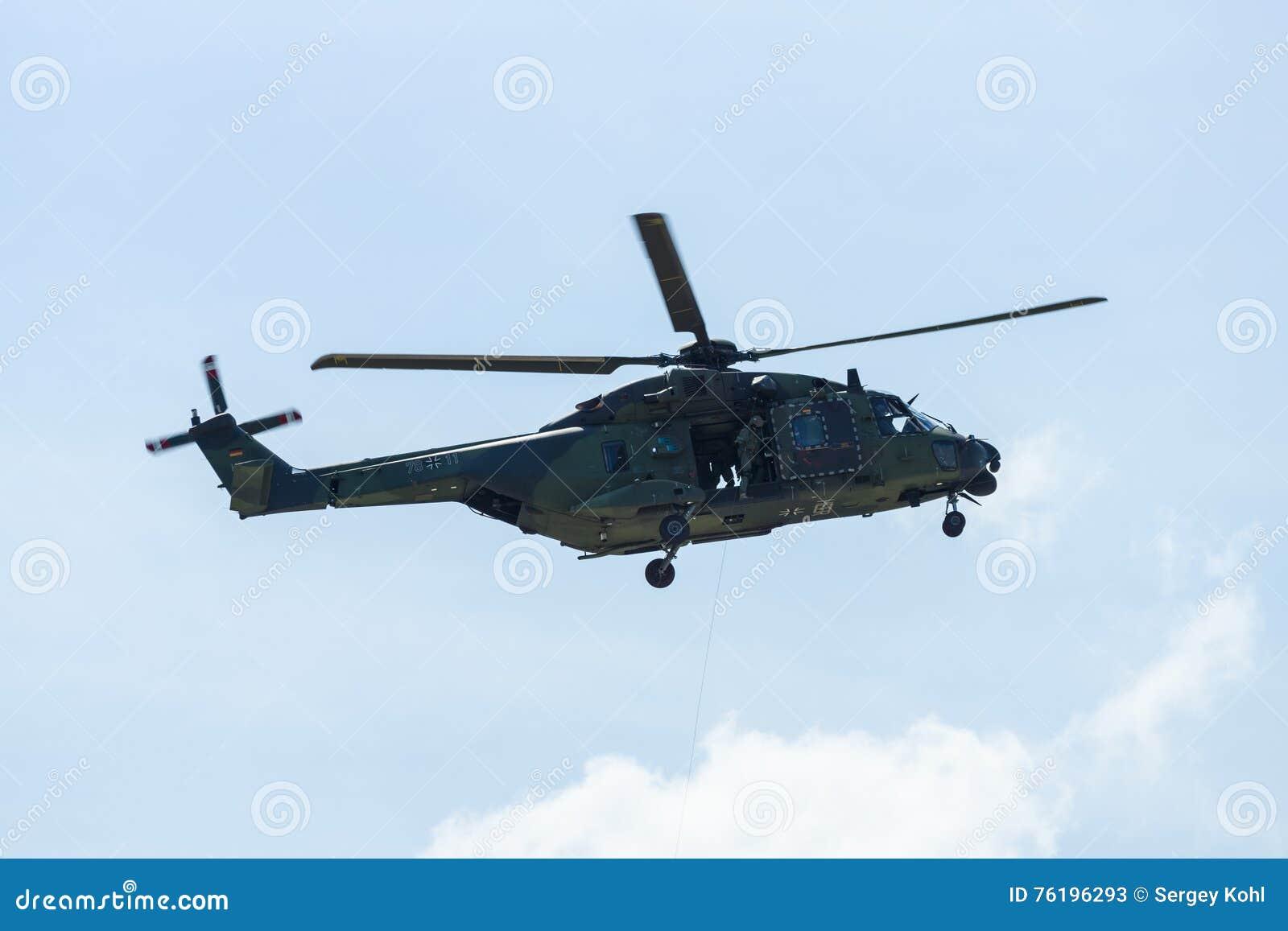 Elicottero In Tedesco : Elicottero nh dell esercito tedesco fotografia stock