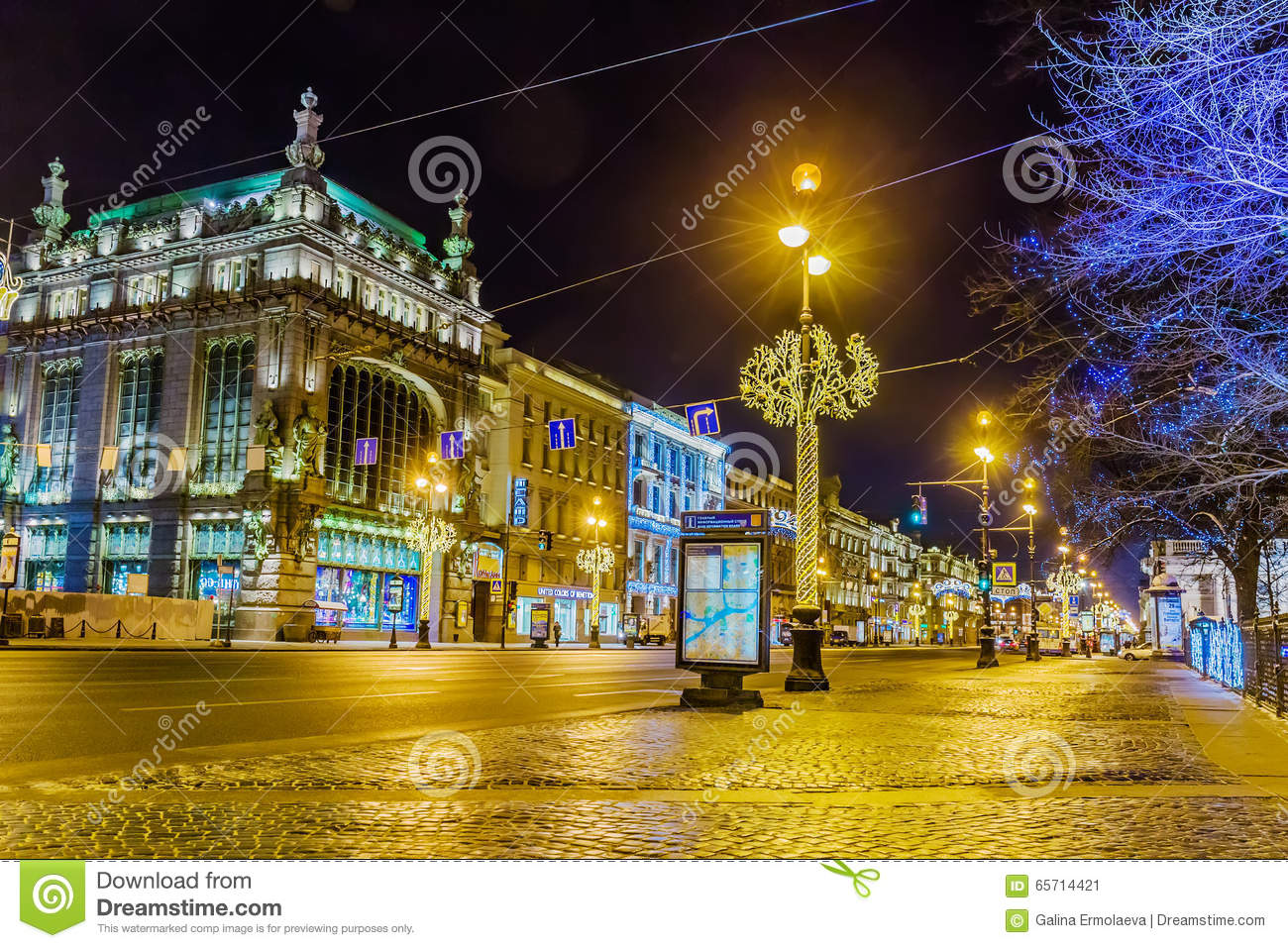 eliseevsky store and akimov comedy theater building on nevsky prospekt illuminated for christmas. Black Bedroom Furniture Sets. Home Design Ideas