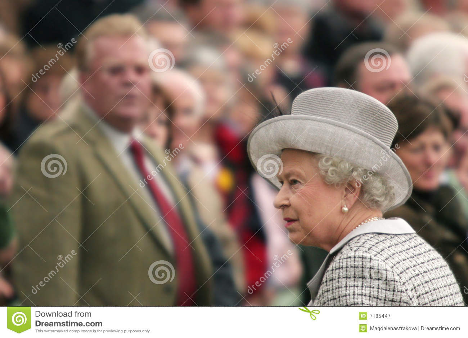 Elizabeth ΙΙ βασίλισσα ανθρώπων