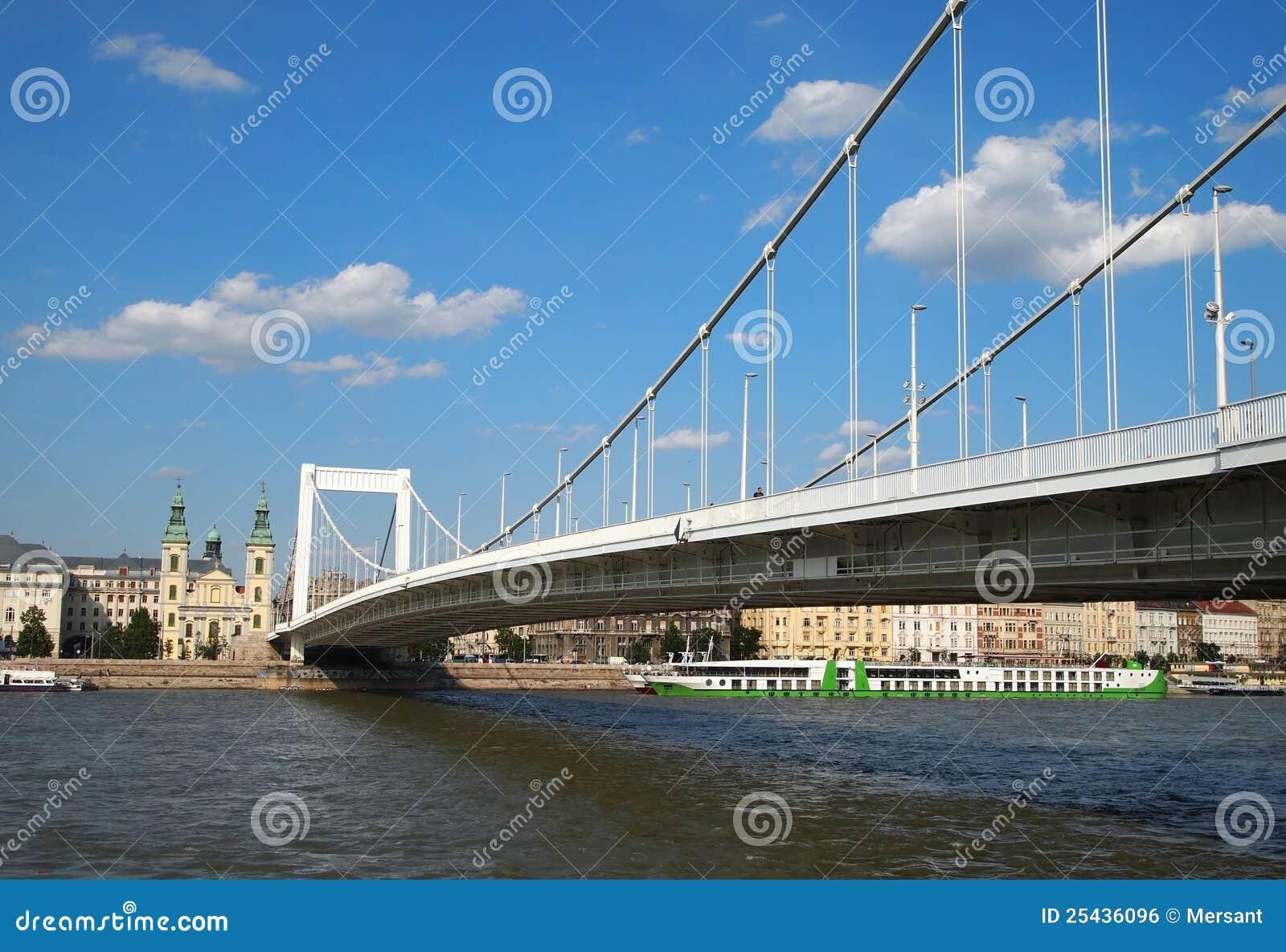 Elizabeth-Brücke