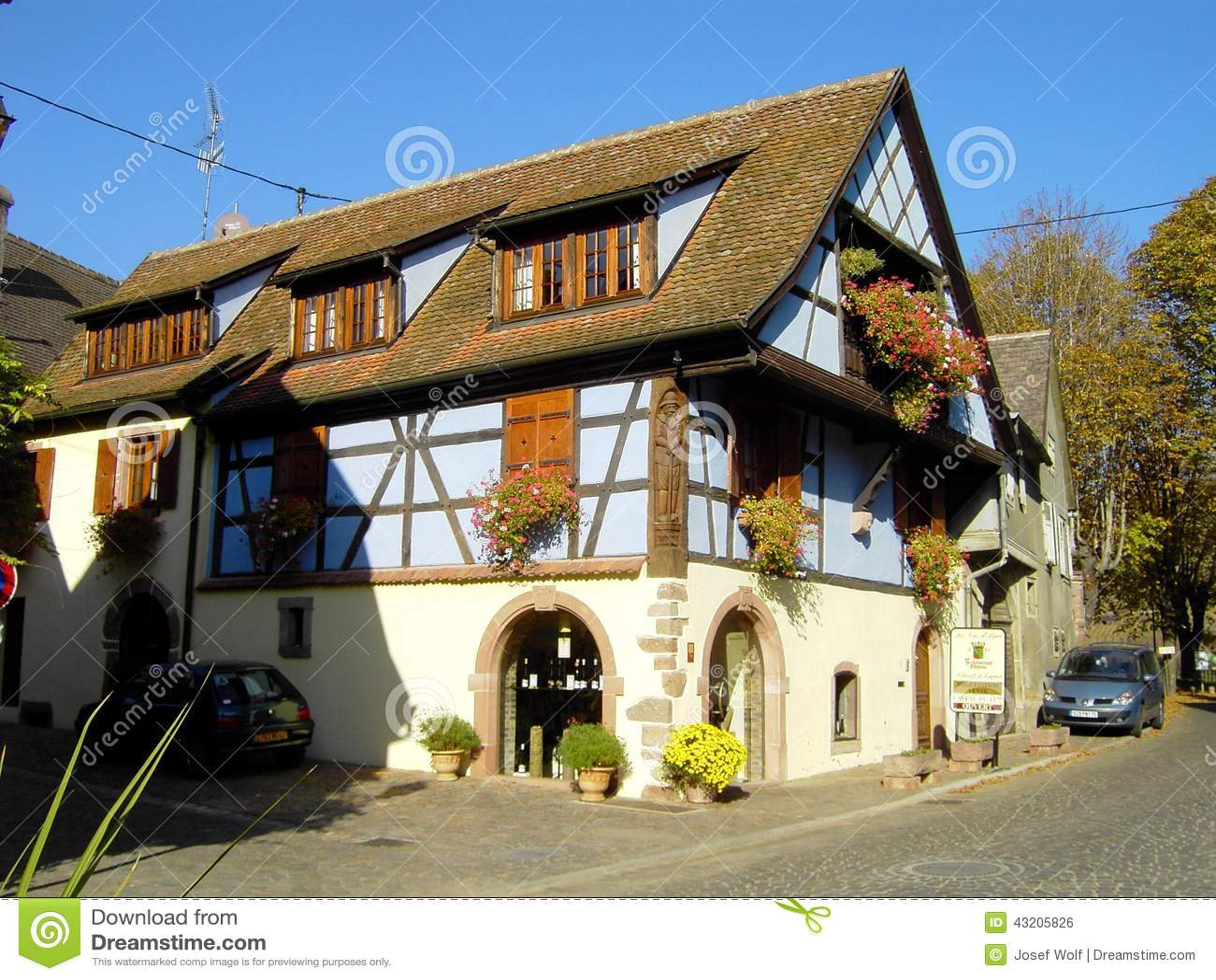 Download Elsass - Berkheim 15 arkivfoto. Bild av wine, marknadsplats - 43205826