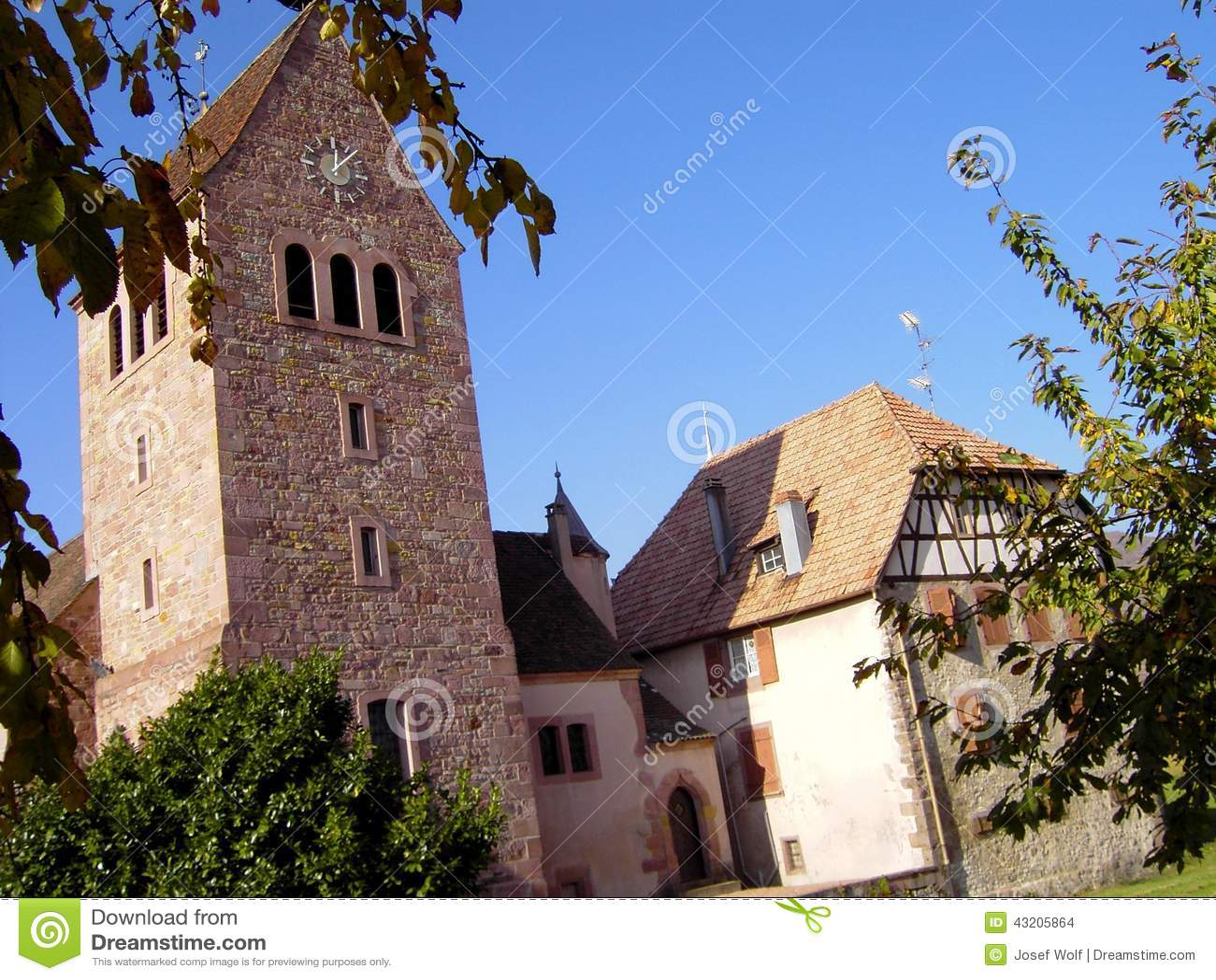 Download Elsass - Berkheim 11 arkivfoto. Bild av wine, medeltida - 43205864