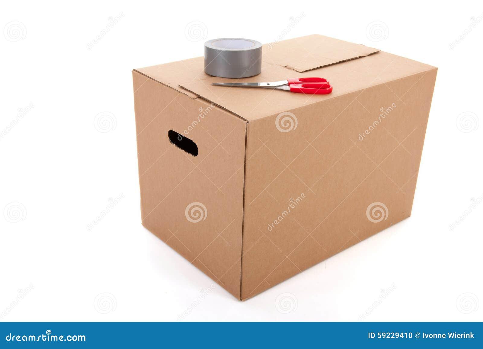 Download Embalar la caja del cartón foto de archivo. Imagen de frágil - 59229410