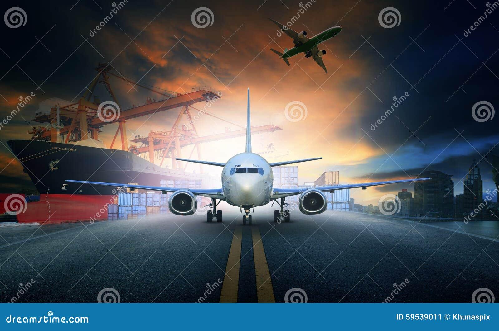 Embarquez le récipient de chargement dans le pla de fret aérien de pilier et d import-export
