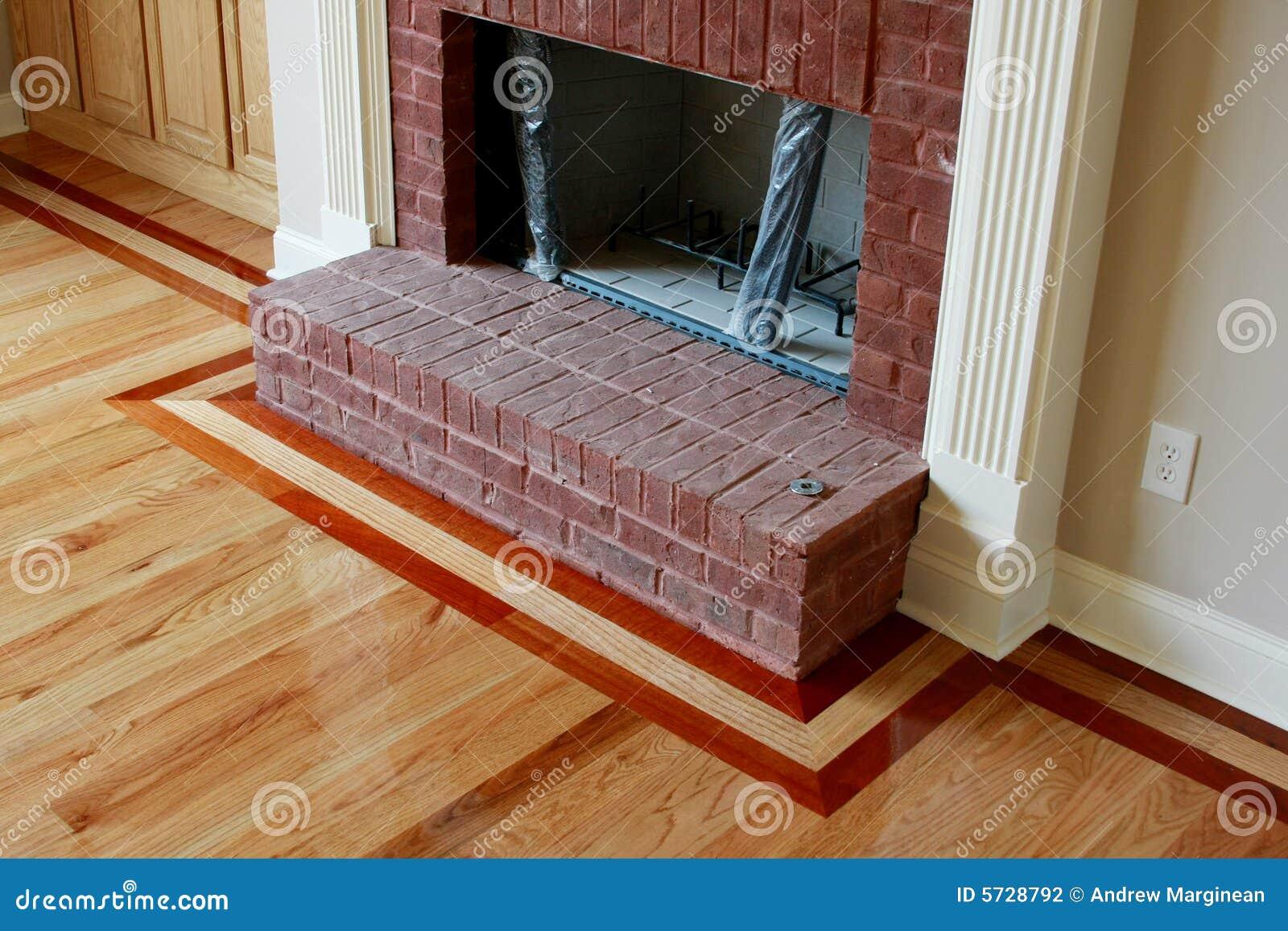Embutido de madera del suelo