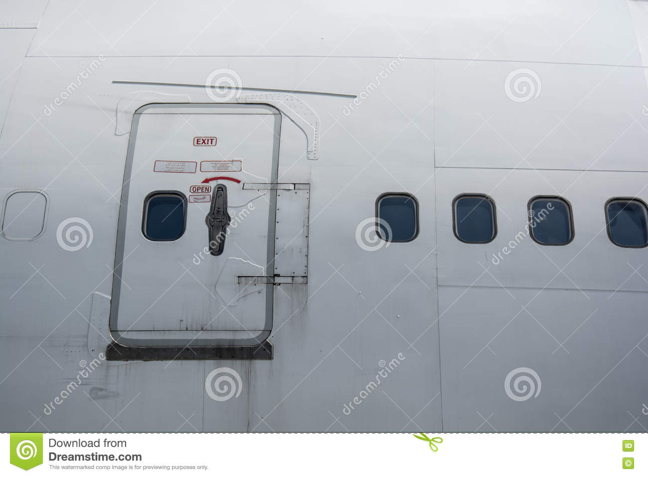 Emergency exit on the plane Royalty Free Stock Photo & Emergency Door Of A Plane Stock Photo - Image: 31978520 Pezcame.Com
