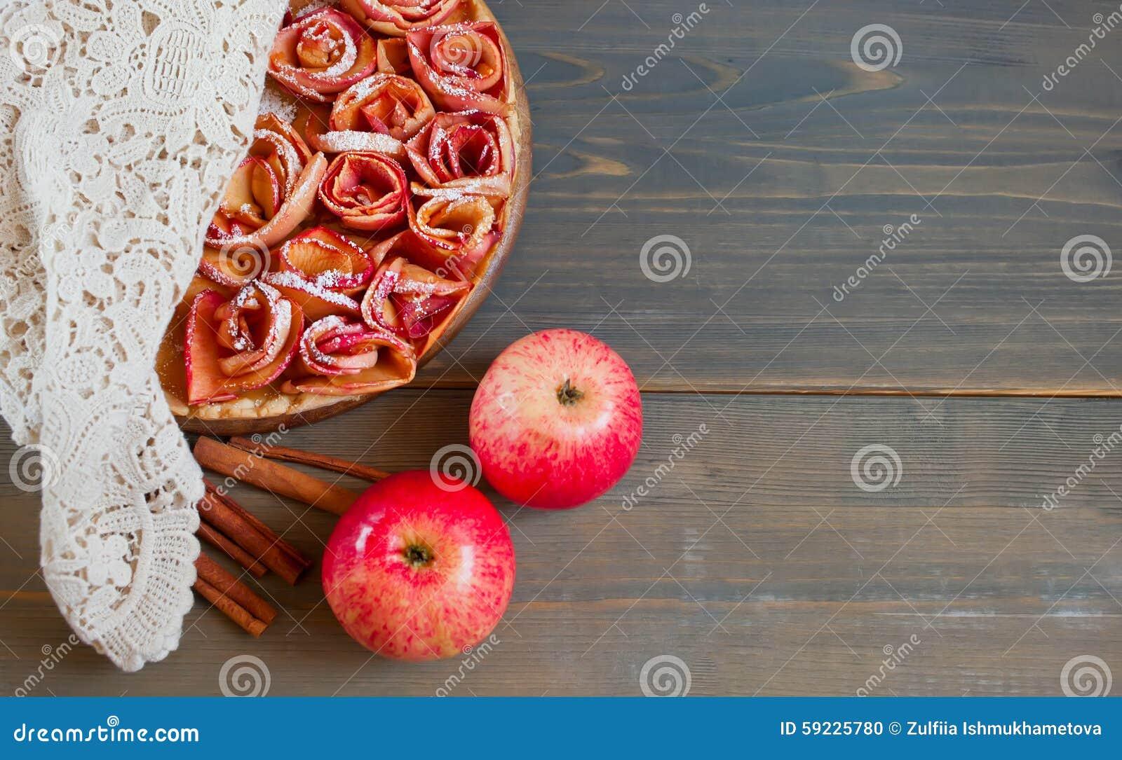 Empanada de Apple y taza de té