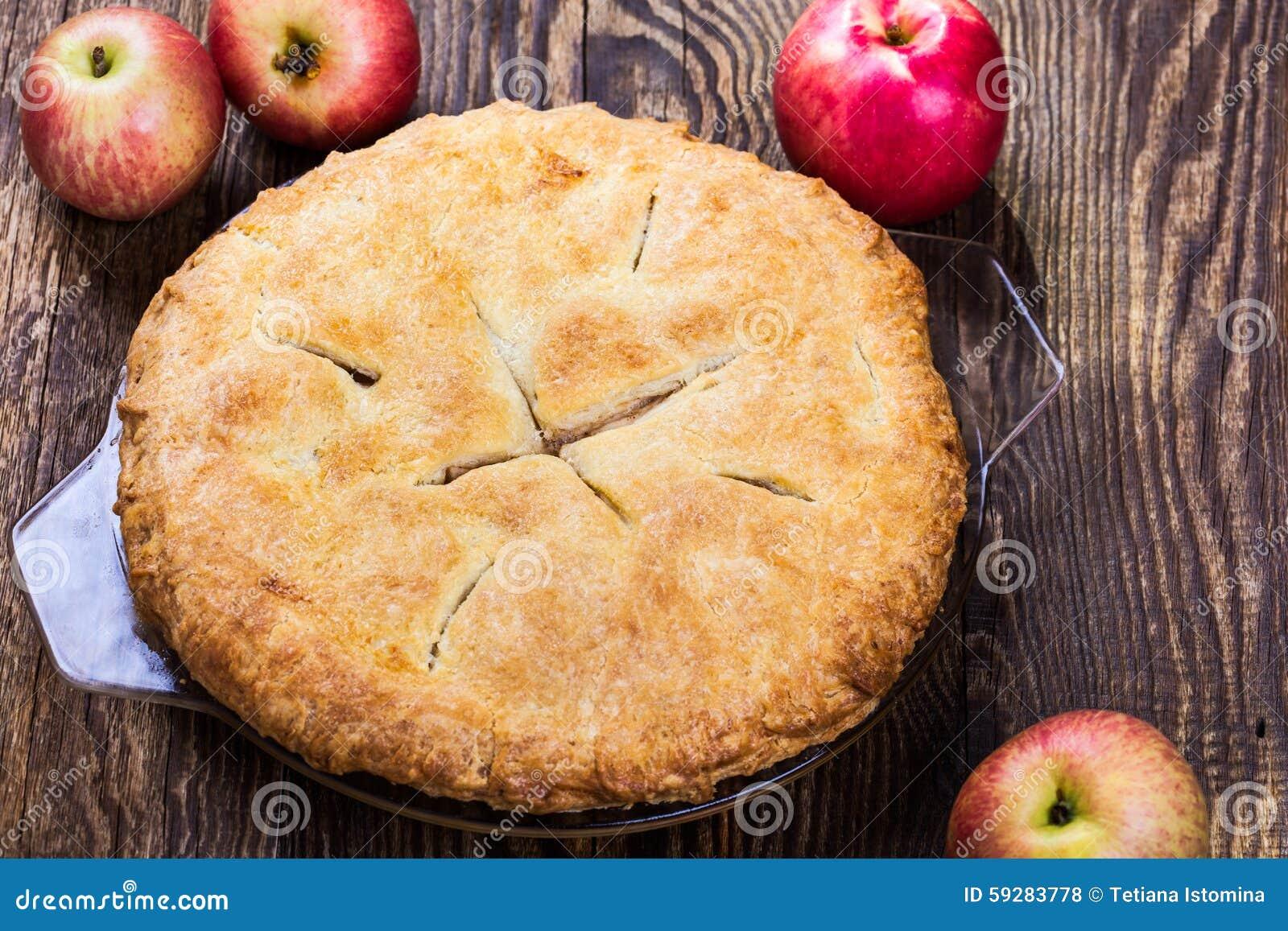 Empanada de manzana hecha en casa foto de archivo imagen - Empanelados de madera ...