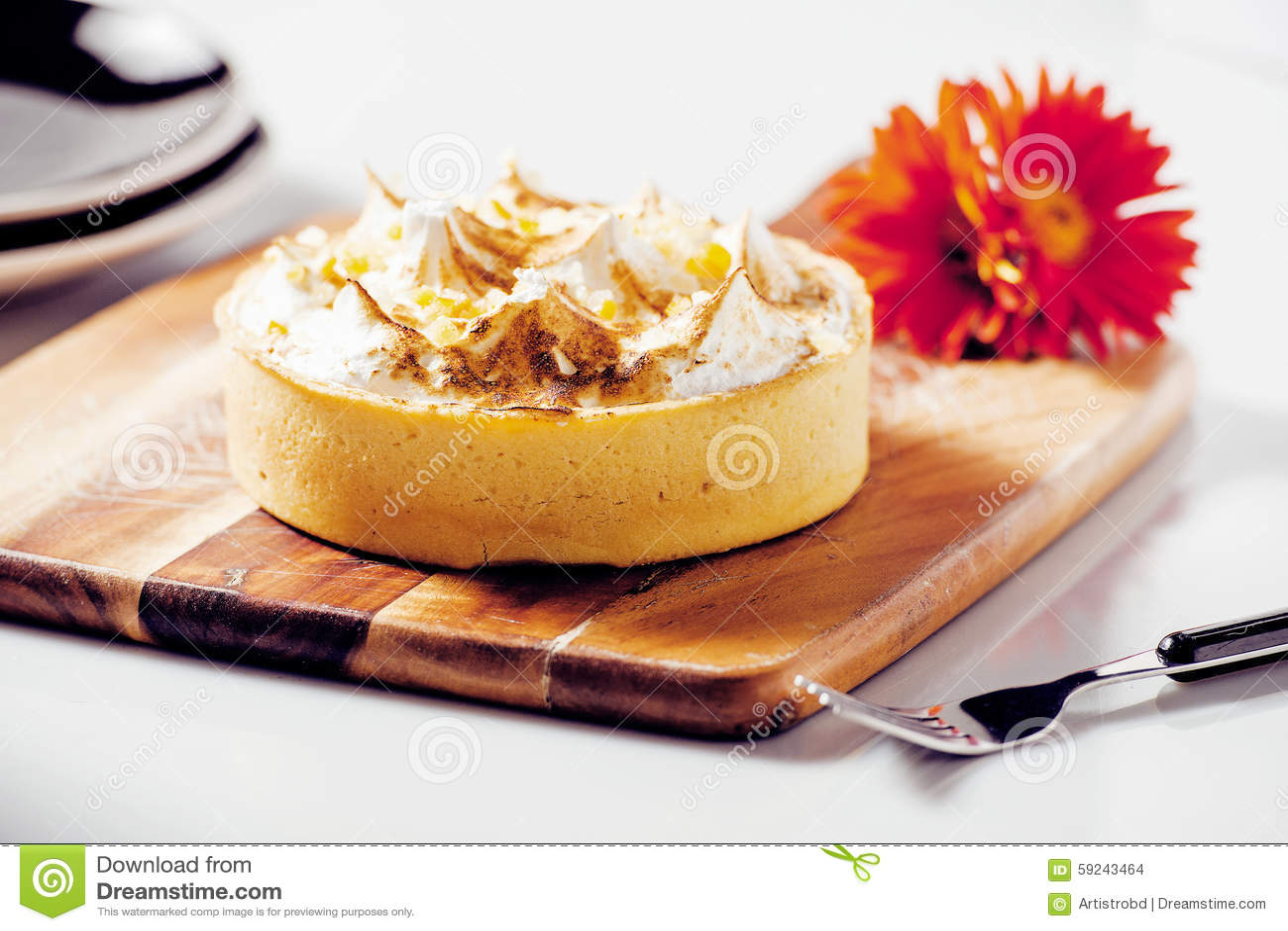 Download Empanada De Merengue De Limón Foto de archivo - Imagen de receta, parte: 59243464
