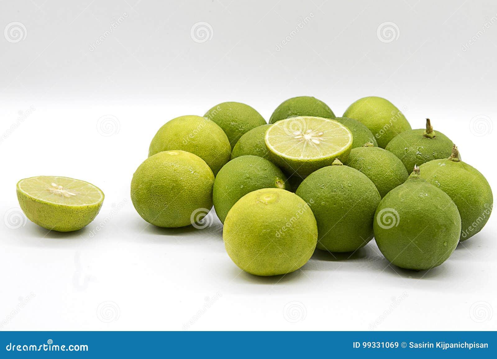 Empilez la chaux verte, chaux verte de tranche, citron asiatique