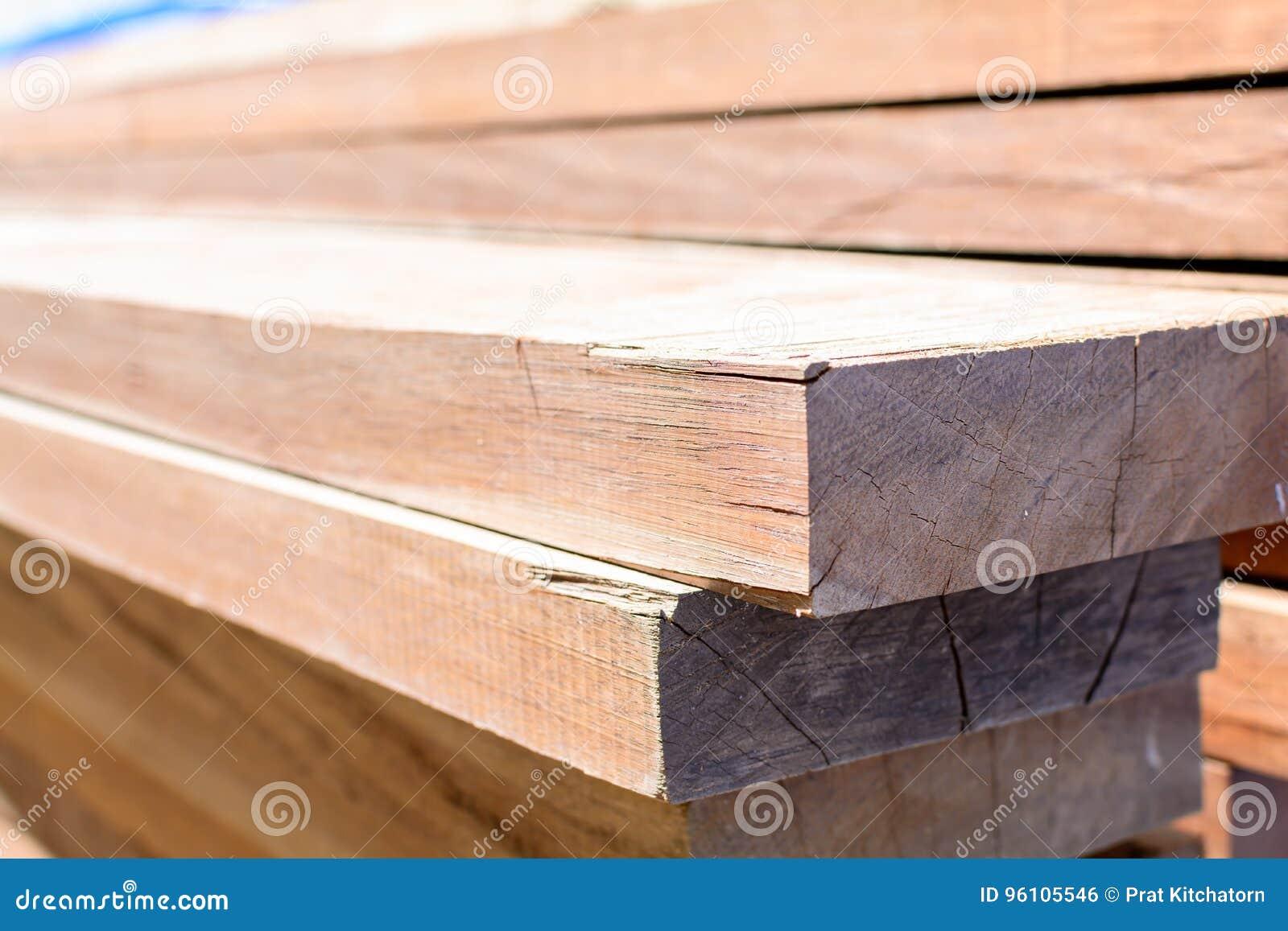 planche de bois pour exterieur lame bois pour terrasse. Black Bedroom Furniture Sets. Home Design Ideas