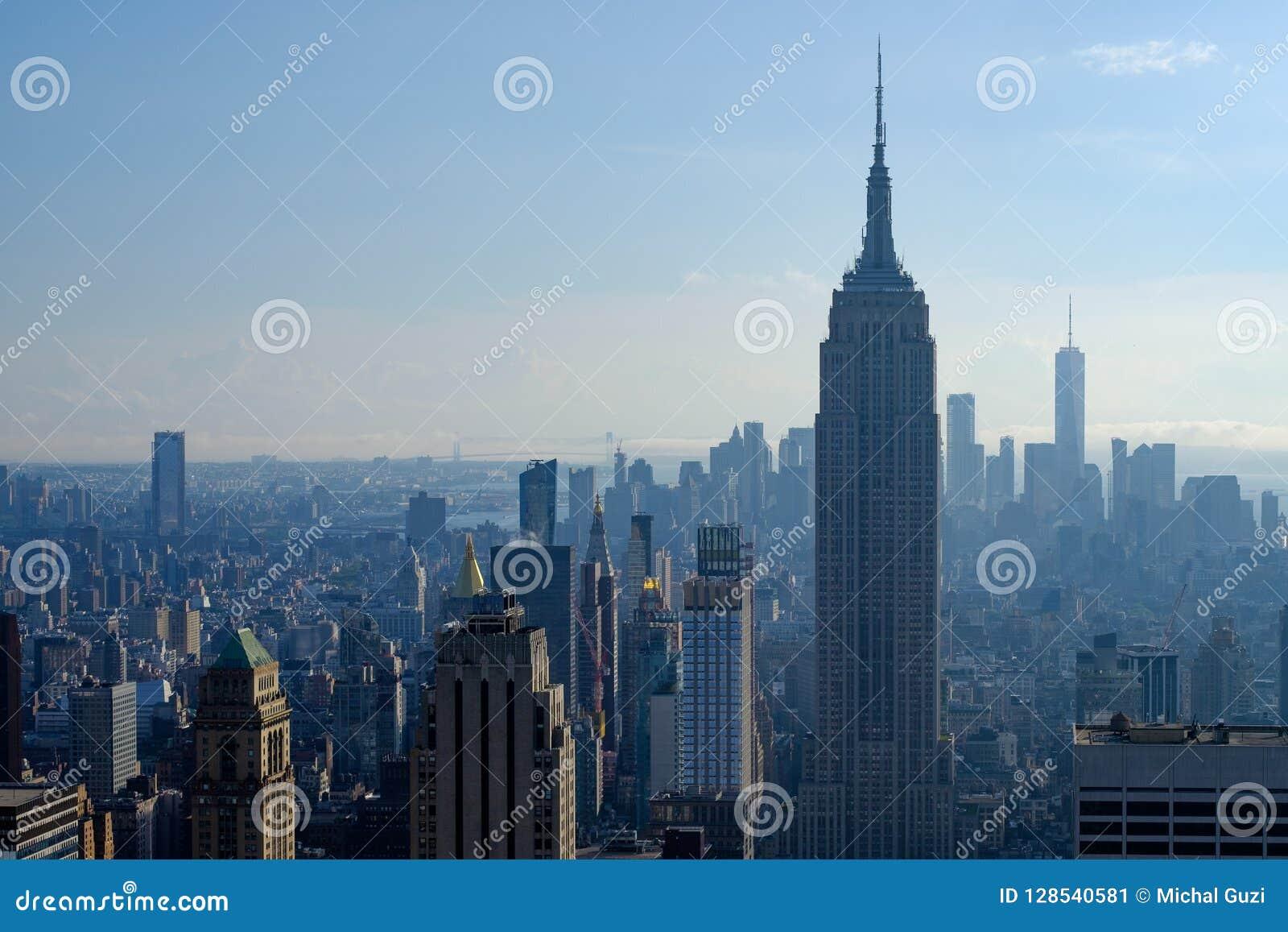 Empire State Building et île de Manhattan