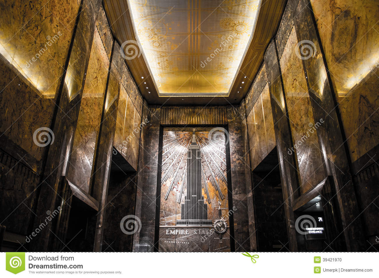 Empire state building main entrance lobby editorial image for Inside l interieur