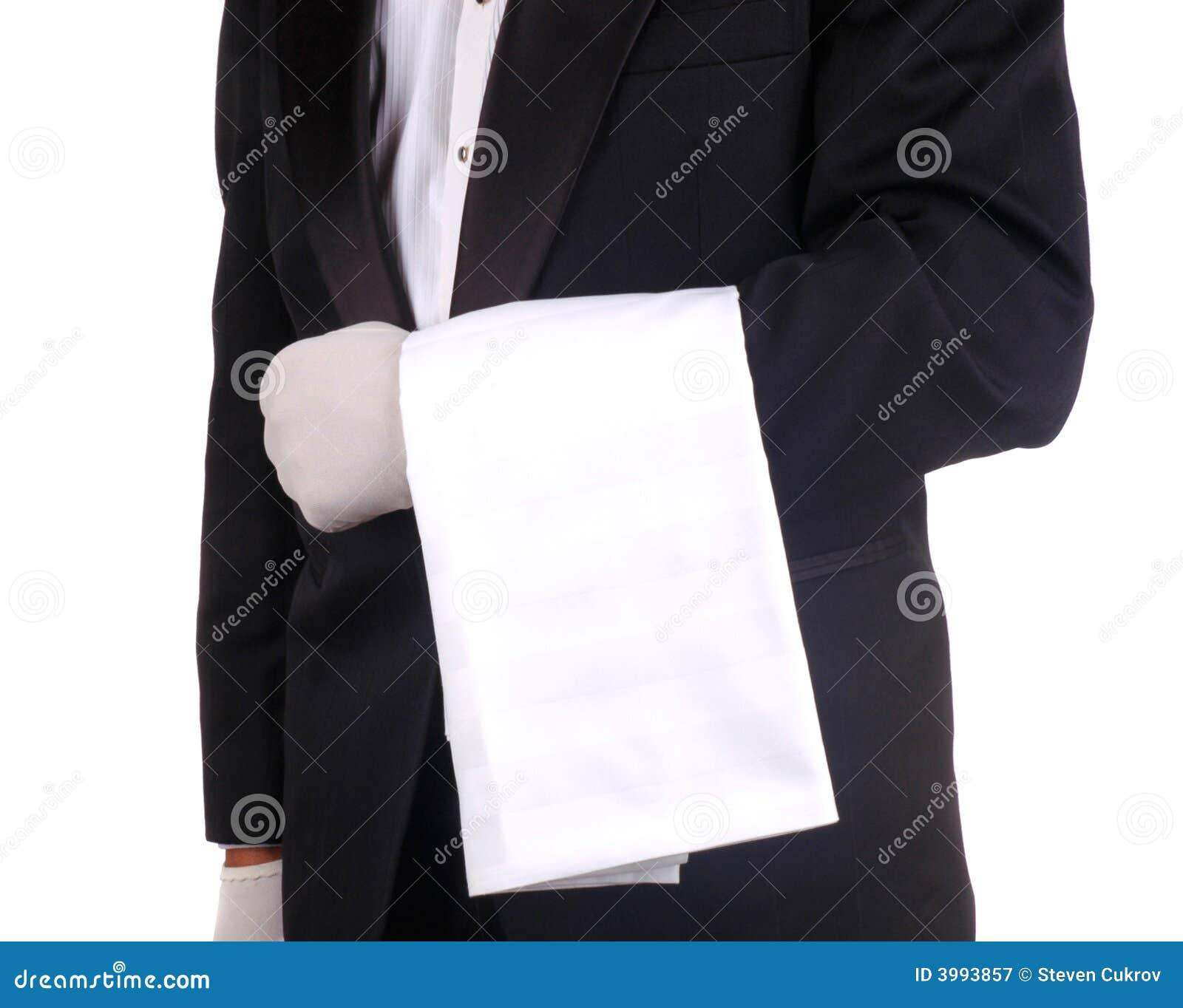 Empregado de mesa com toalha