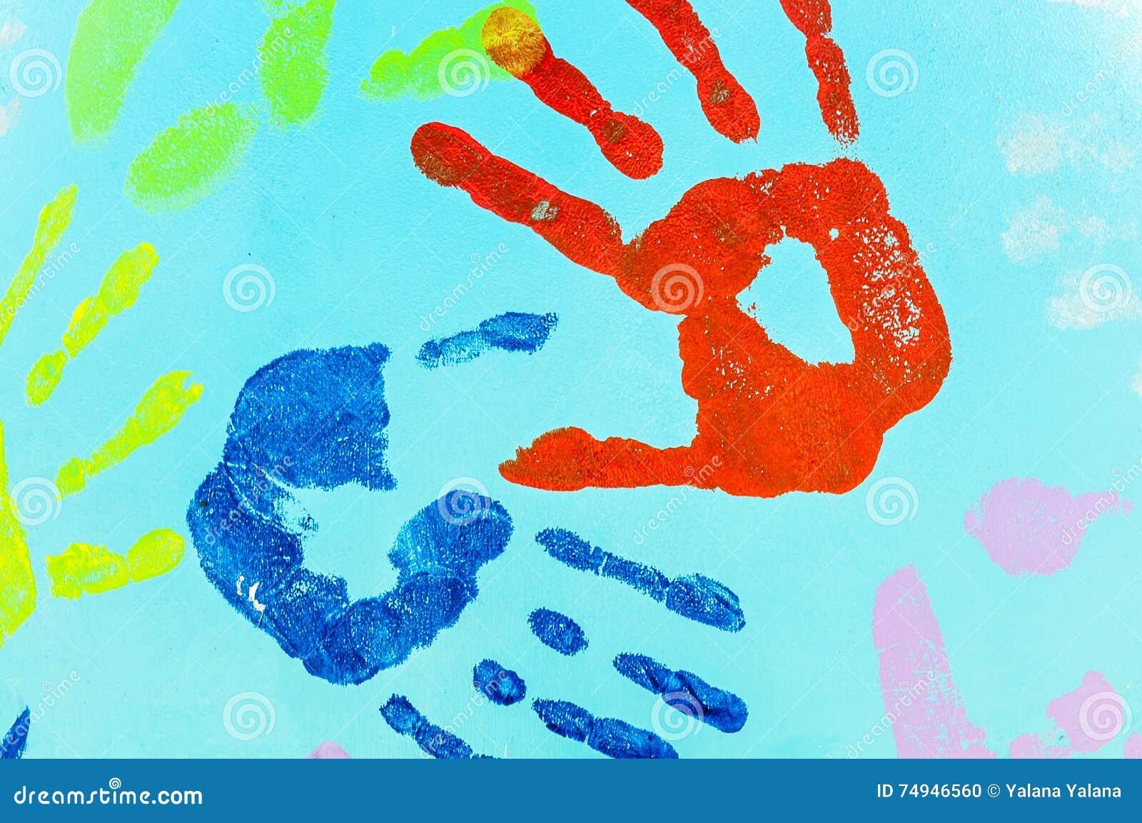 empreinte des mains sur un mur bleu photo stock image 74946560. Black Bedroom Furniture Sets. Home Design Ideas