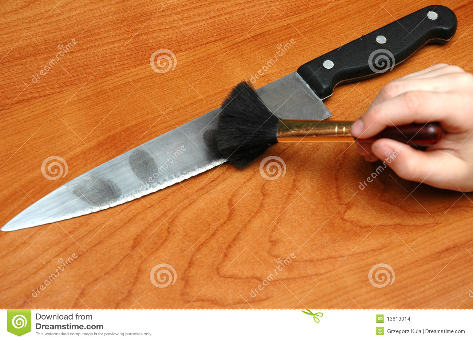 Empreintes Digitales Sur Le Couteau Images Stock Image