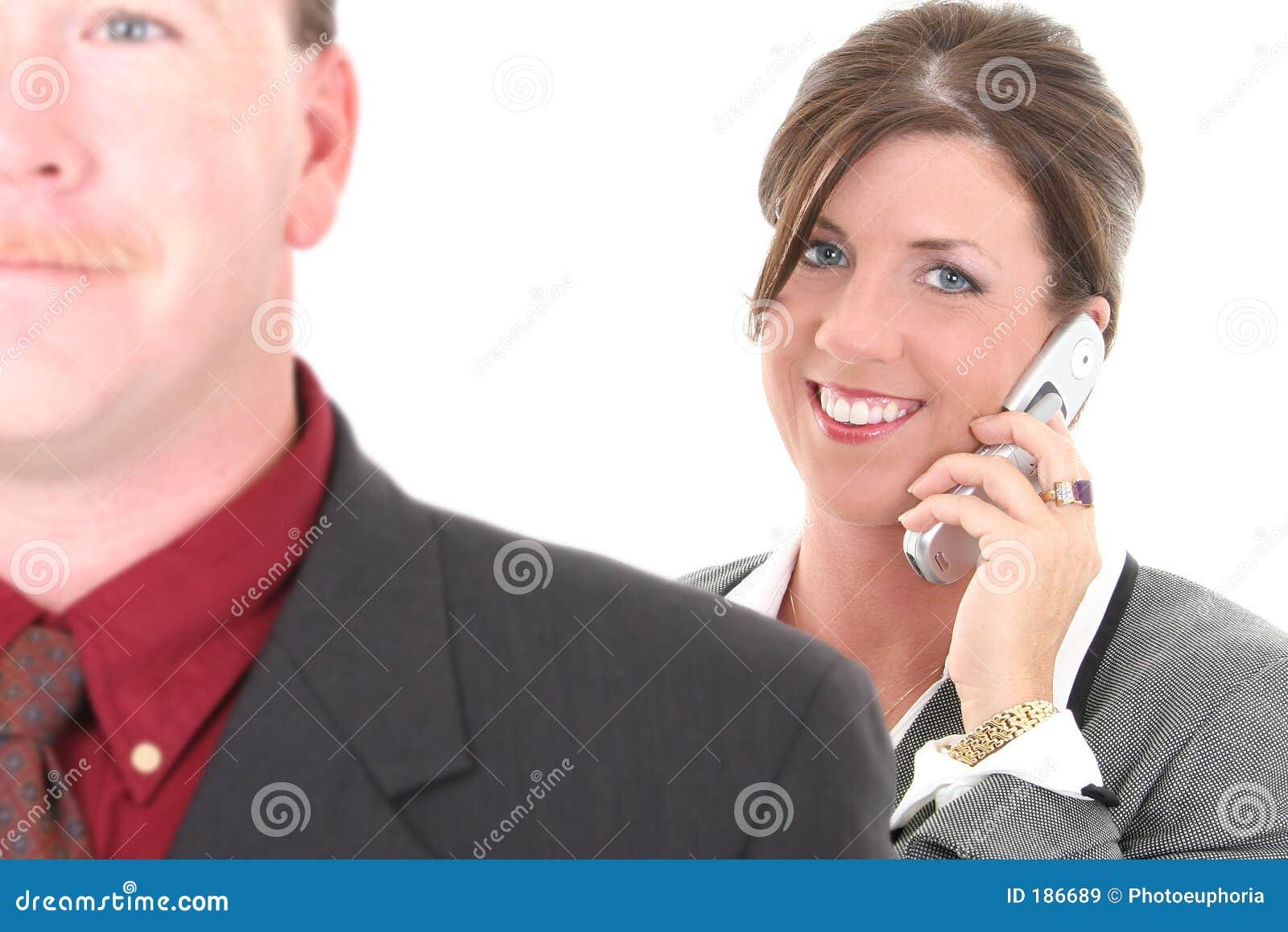 Empresaria en el teléfono celular