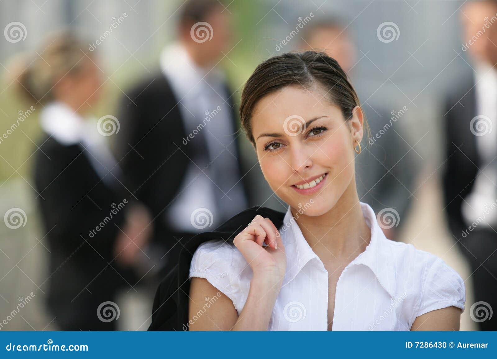 Empresaria hermosa del retrato o