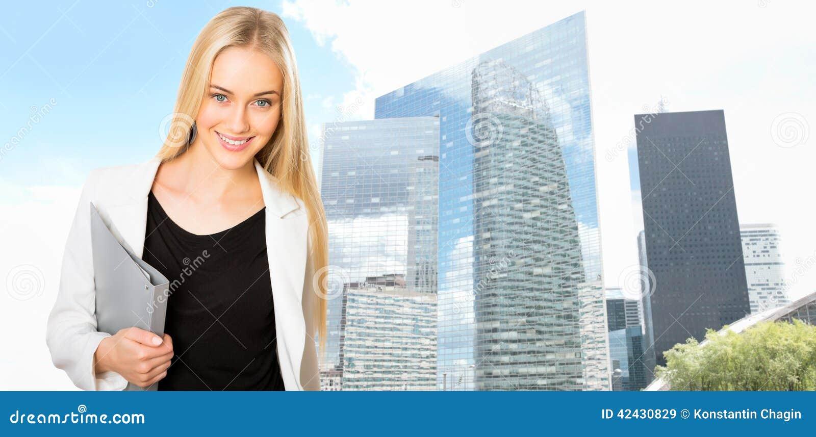 Empresaria joven hermosa