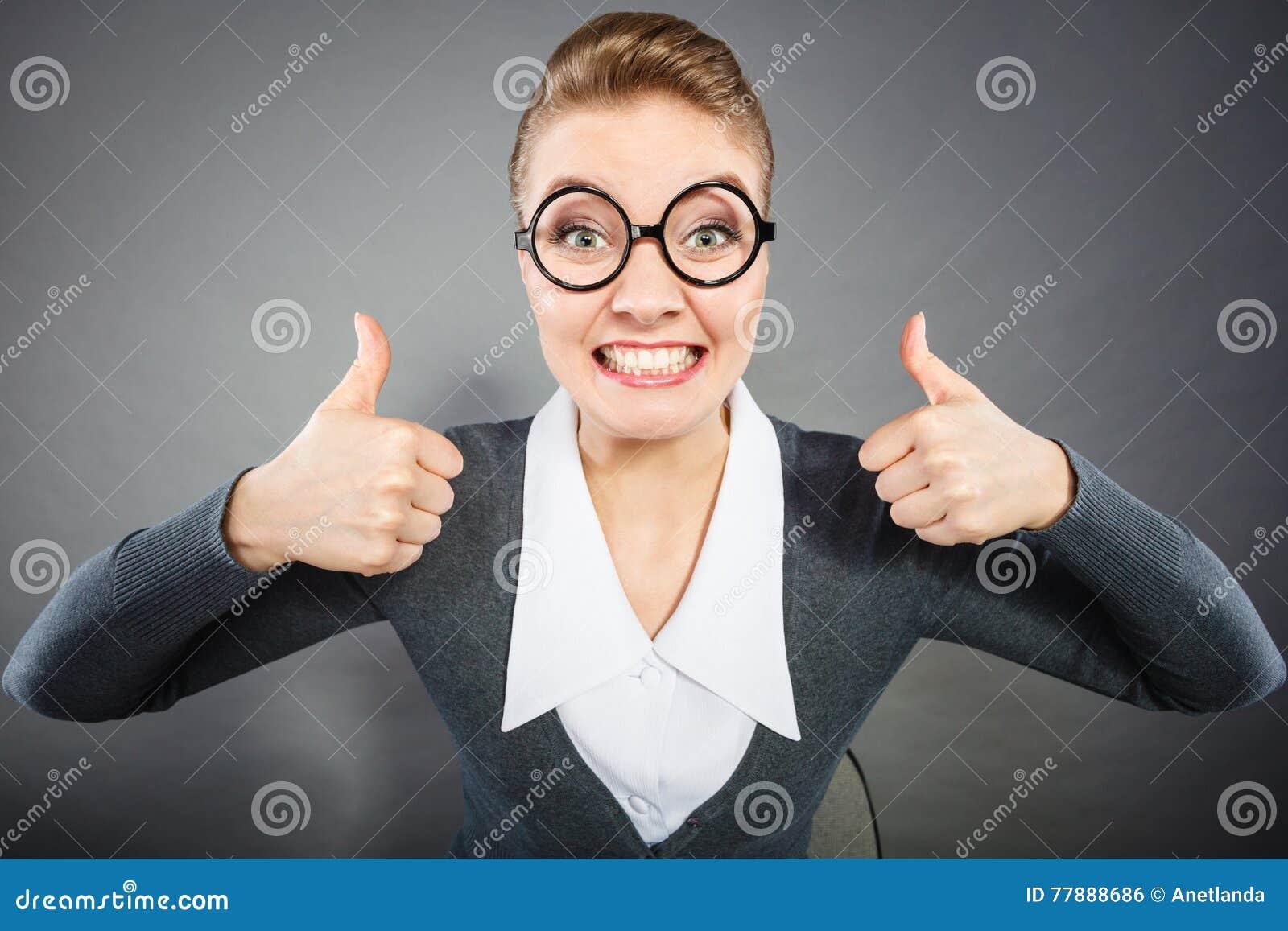 Empresaria Satisfecha Feliz En Oficina Foto de archivo
