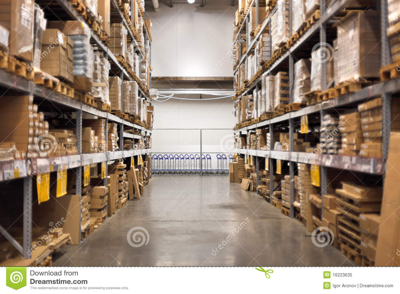Empty Aisle At The Home Improvement Warehouse Royalty Free Stock Photo ... Home Depot Empty Aisle