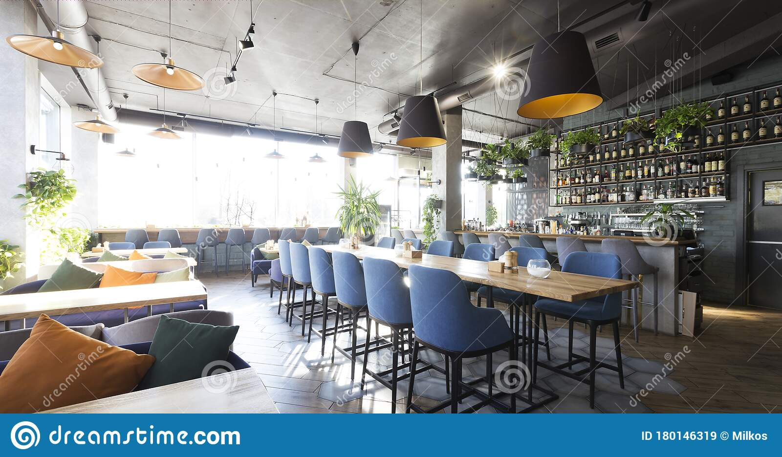 36 754 Bar Interior Modern Photos Free Royalty Free Stock Photos From Dreamstime