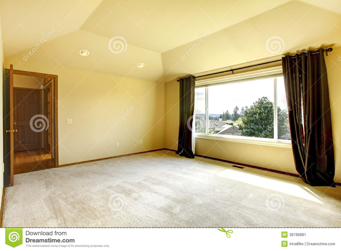 Empty Bedroom Stock Photo - Image: 38786881