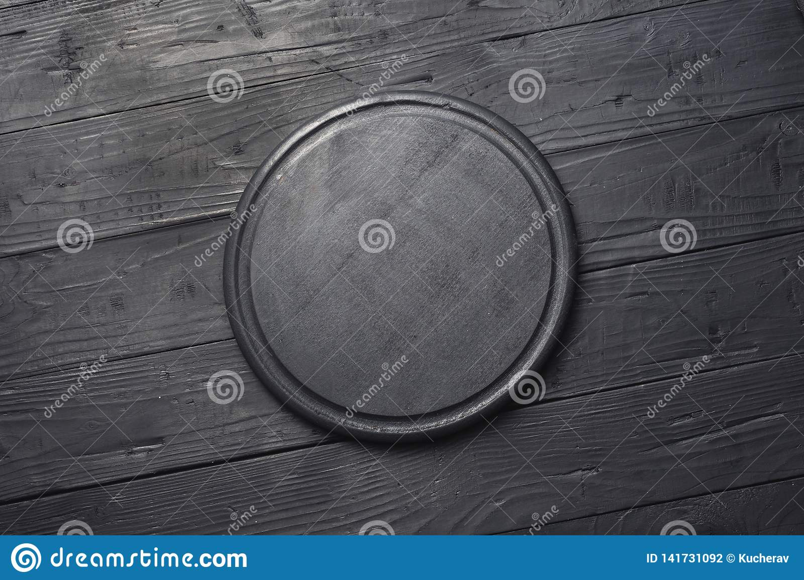Empty Black Round Cutting Board Top View Dark Style Stock Photo Image Of Copy Empty 141731092