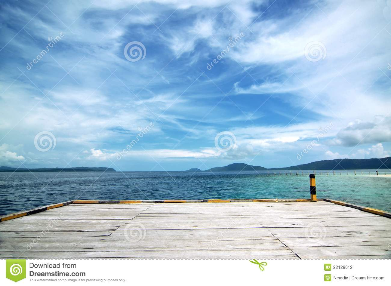 An Empty Boat Dock Background Stock Photography Image