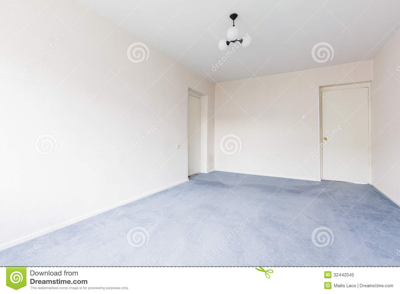 Empty living room with carpet - Royalty Free Stock Photo