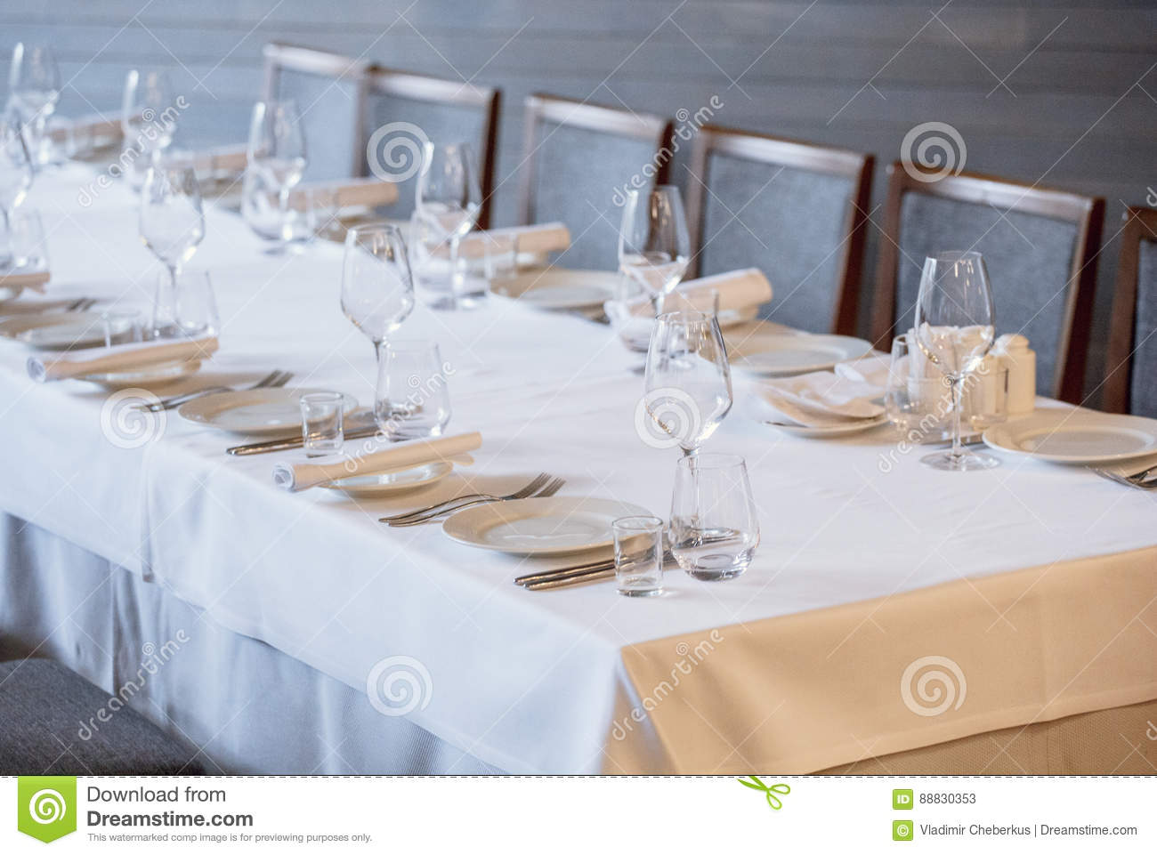 Table setting in a restaurant. Cutlery 100