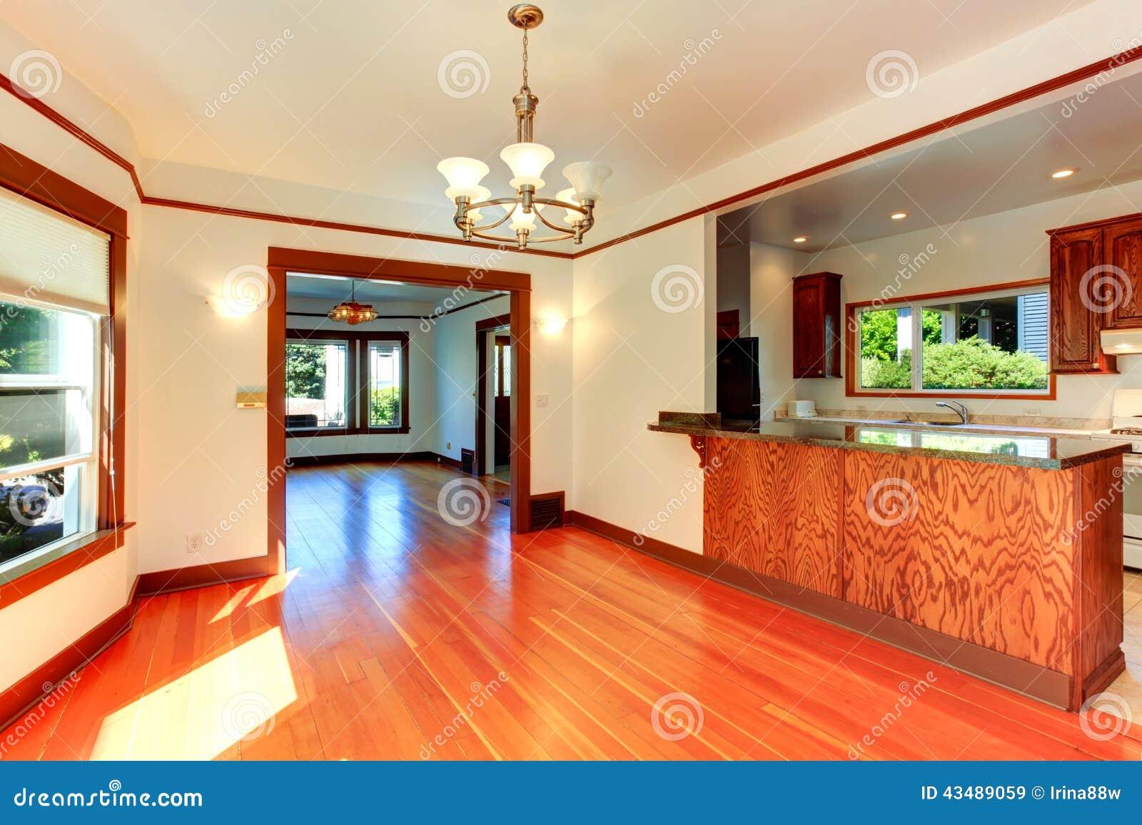 19 light hardwood kitchen floor for green living - Green living room ideas in east hampton new york ...
