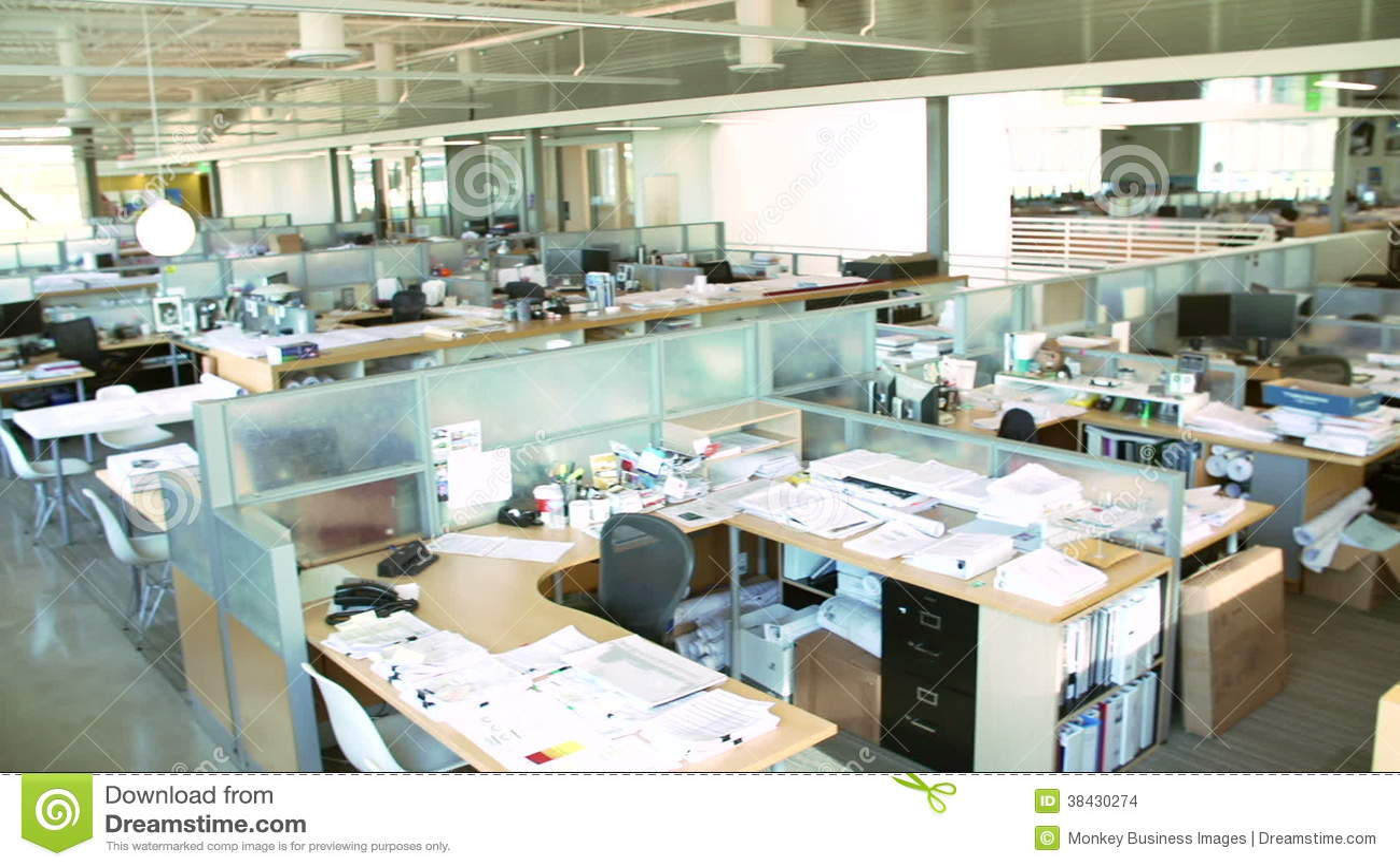 Piccolo Ufficio Moderno : Open space moderno. perfect empty modern open plan office stock