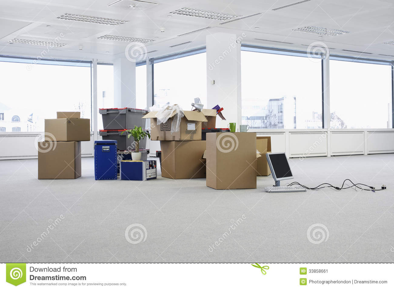 empty office with boxes stock image image of computer 33858661. Black Bedroom Furniture Sets. Home Design Ideas