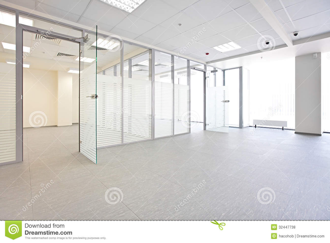 Empty office room with window - Empty Office Hall Royalty Free Stock Photos Image 32447738