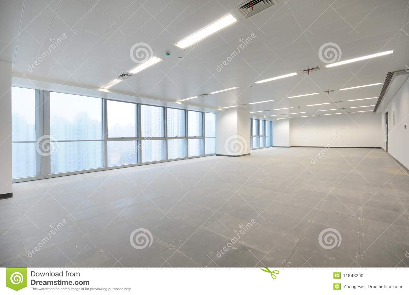 empty office room stock photo image of plate dish fresh 11848290 rh dreamstime com Big Empty Office Room Big Empty Office Room