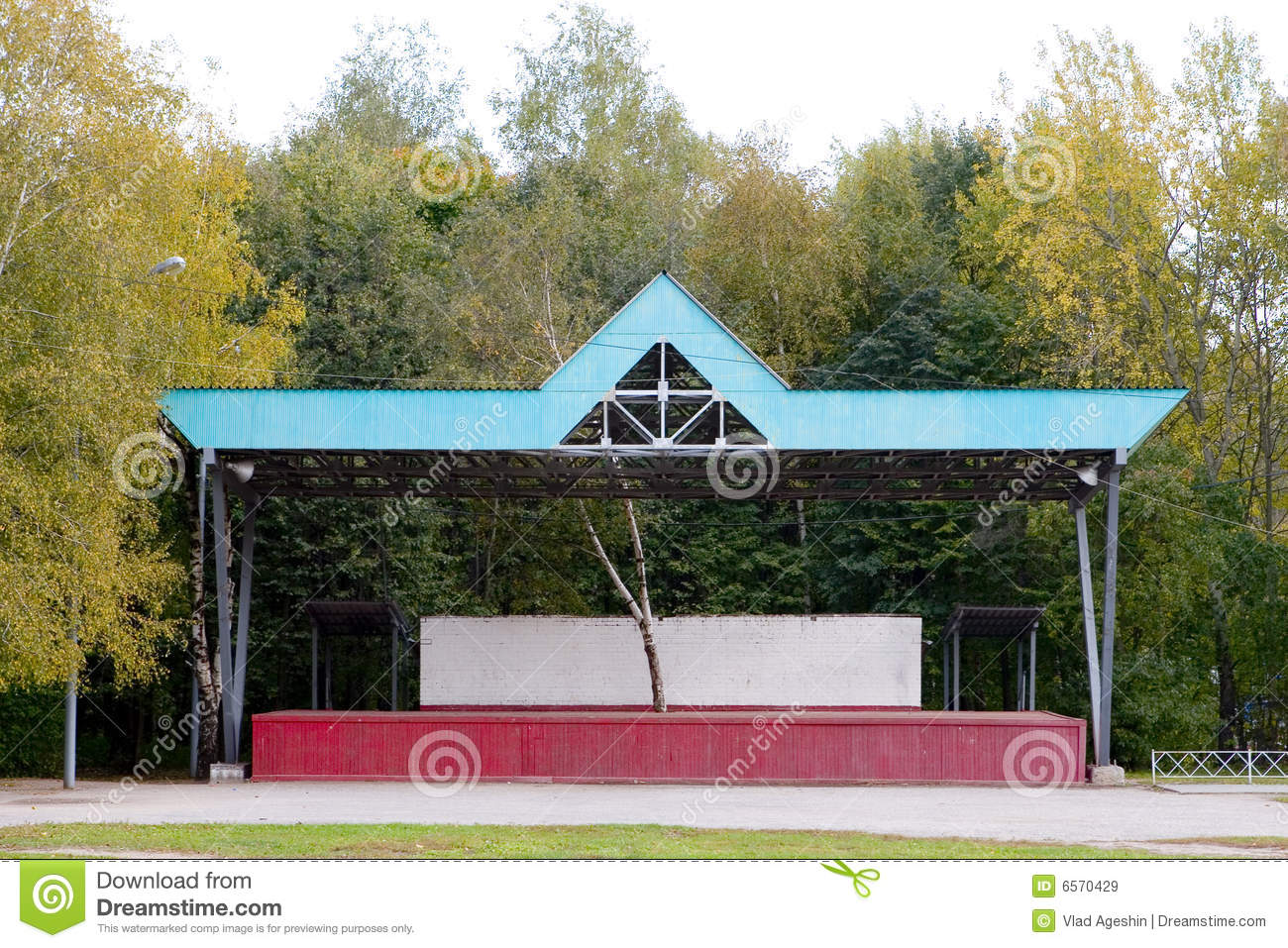 Empty outdoor concert stage - Empty Outdoor Stage Royalty Free Stock Images
