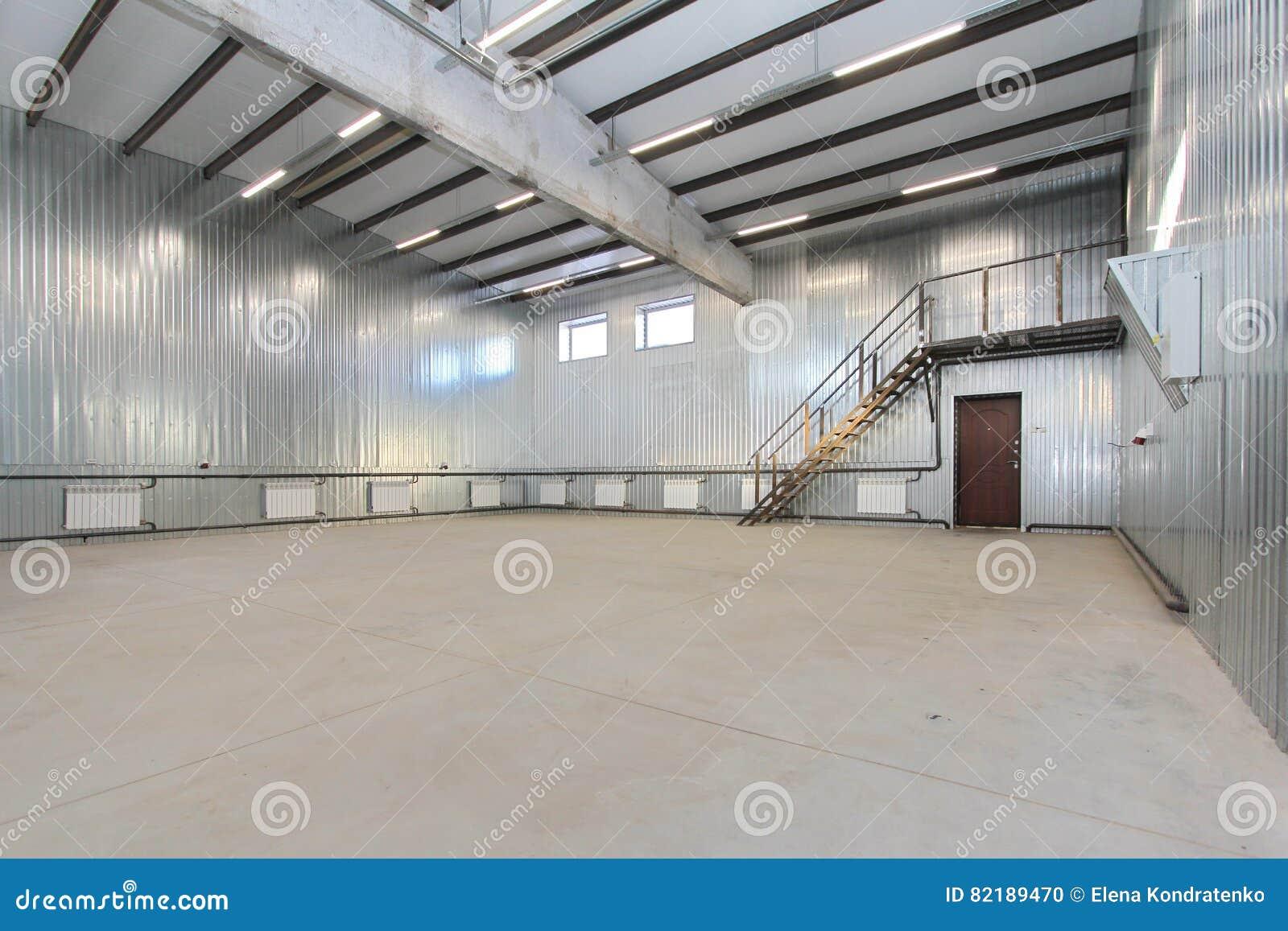 Large garage with living quarters home design for Large garage with living quarters